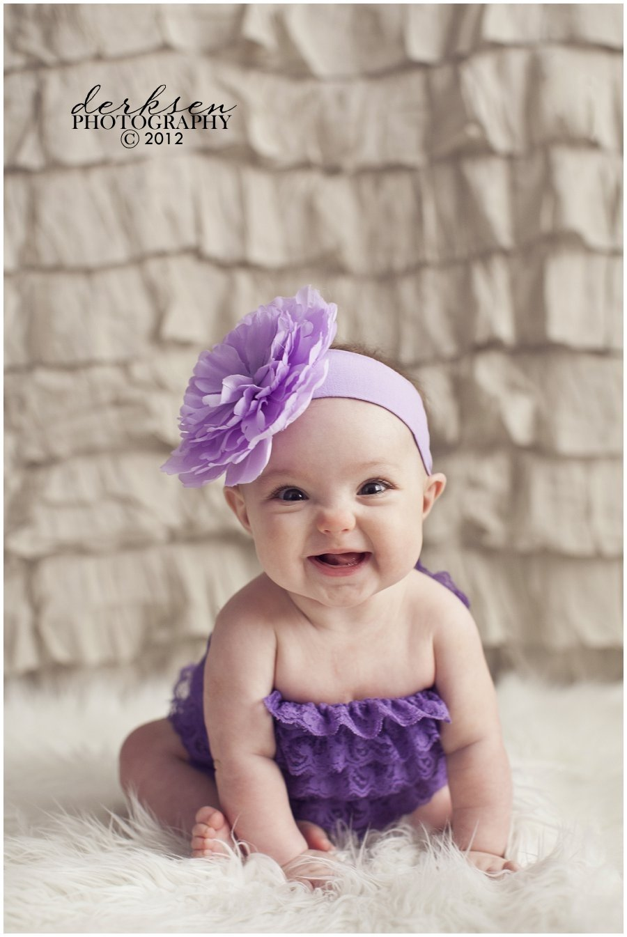 10 Awesome Cute 6 Month Baby Picture Ideas little miss audrey 6 months old derksen photography