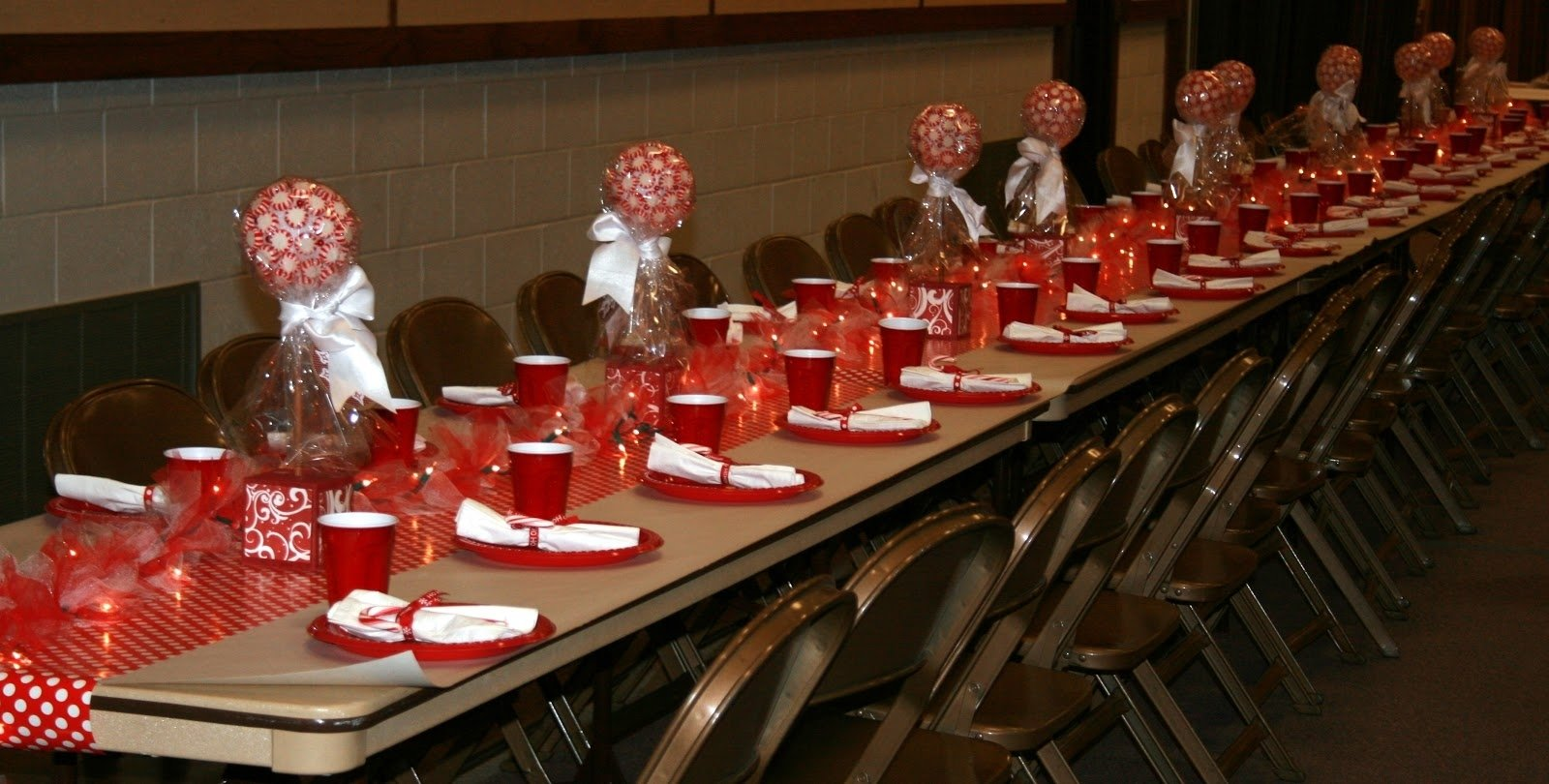 10 Fashionable Lds Ward Christmas Party Ideas little miss suzy q ward christmas party center pieces and some 2020