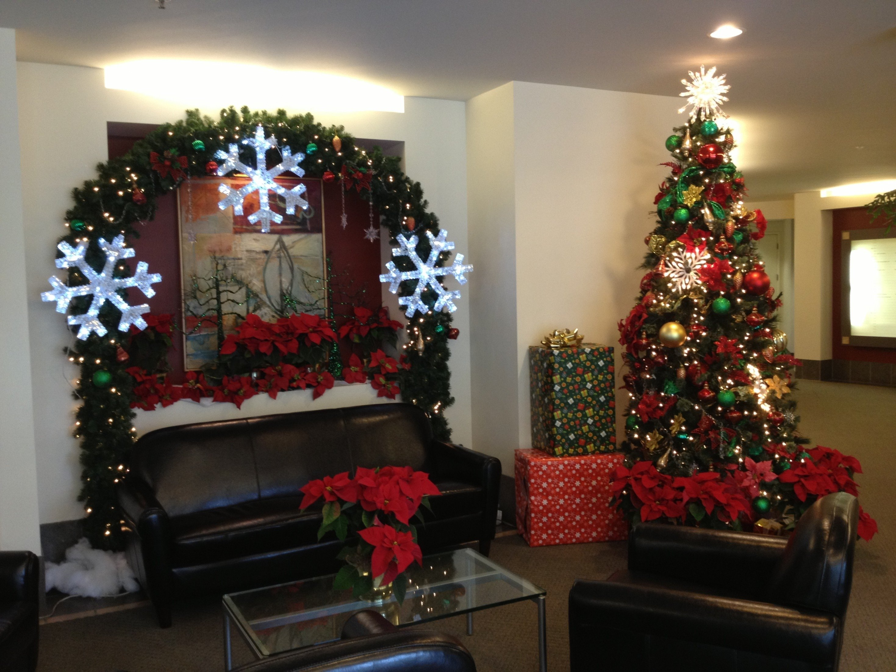 10 Pretty Christmas Decorations Ideas For Living Room living room christmas decorating ideas your for formal and a small 2021