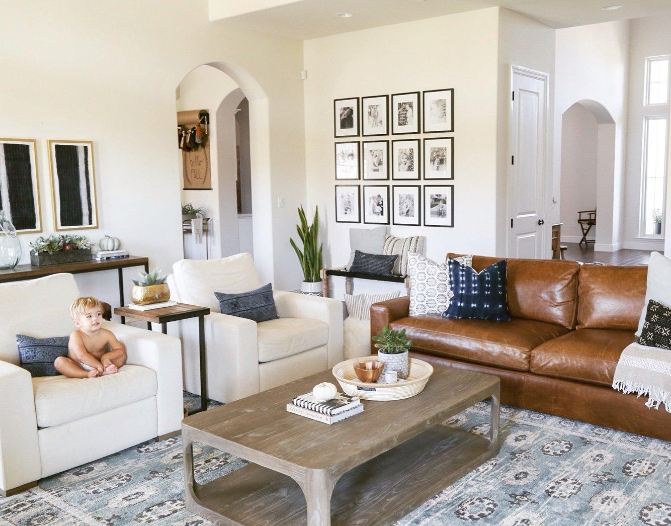 10 Lovable Leather Sofa Living Room Ideas living room ideas with leather sofas beauteous fdcccdeeedfa 2021