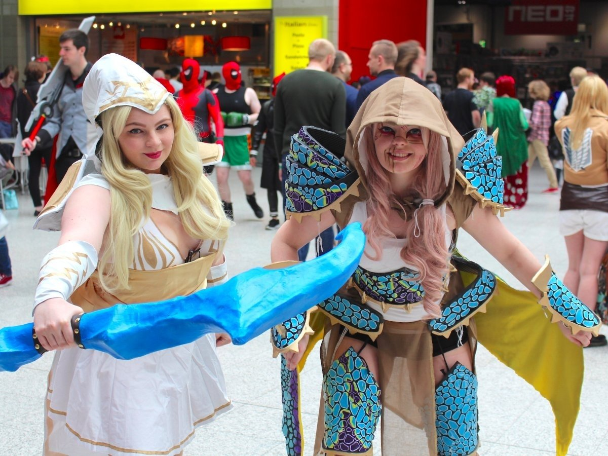 10 Gorgeous Comic Con Dress Up Ideas london comic con pictures best cosplay business insider