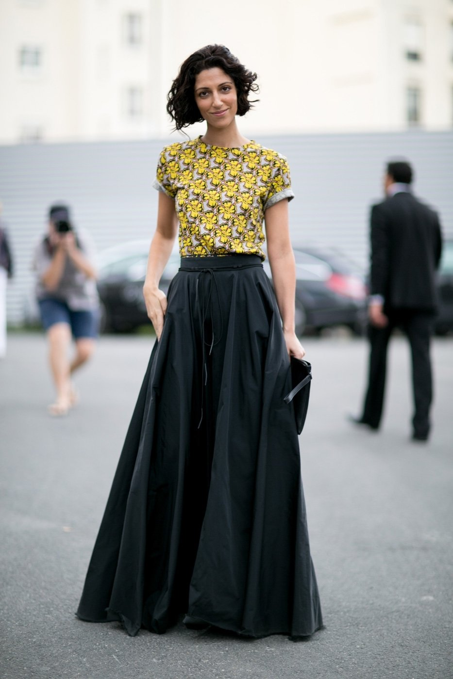 10 Awesome Long Black Skirt Outfit Ideas long black maxi skirt outfit ideas ideas what to wear with a maxi 2020