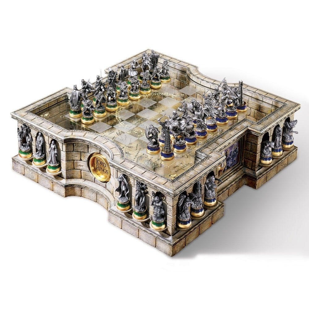 lord of the rings chess set uk | deluxe middle earth board game