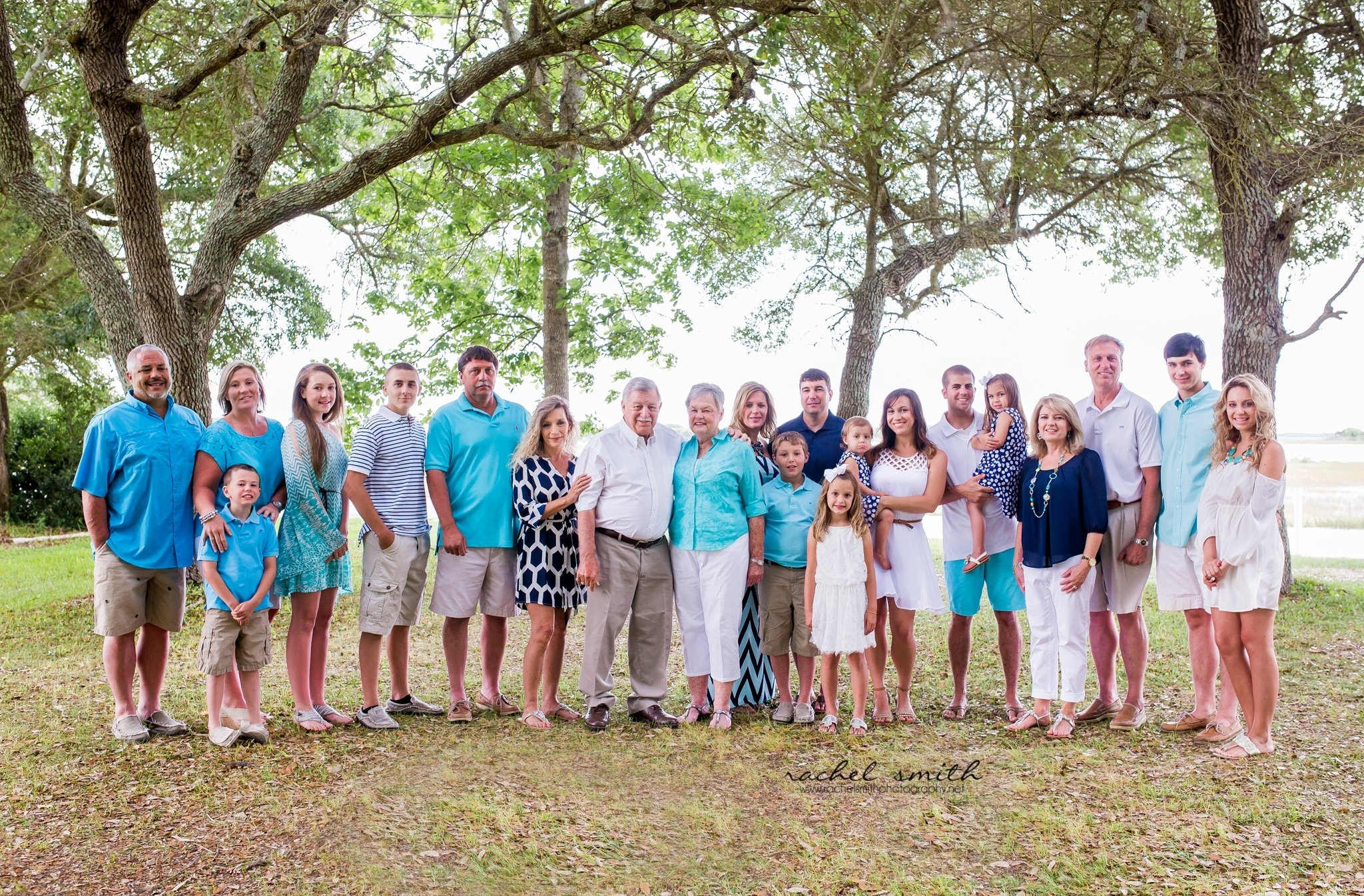 10 Awesome Large Family Photo Clothing Ideas love the use of color but maybe not so much blue extended family 2021