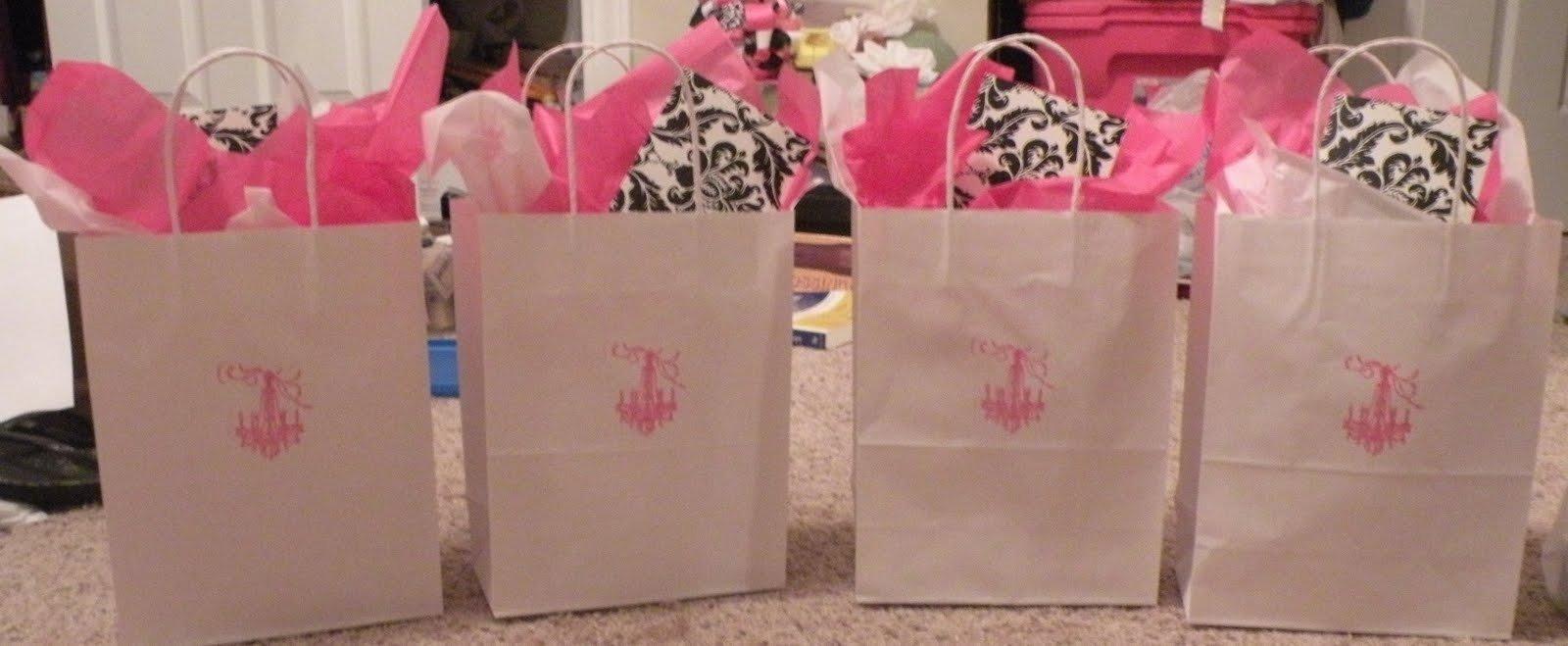 10 Pretty Hostess Gift Ideas For Bridal Shower lucky in love bridal shower hostess gifts 2020