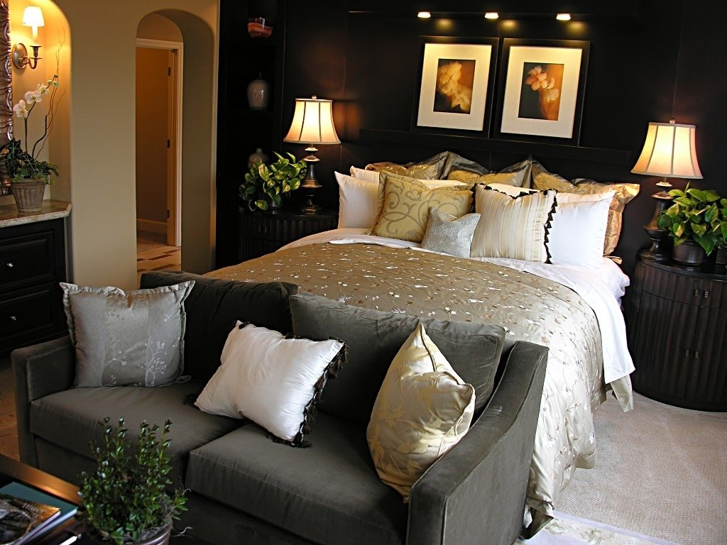 10 Stunning Ideas For Decorating A Bedroom main room decorating ideas master bedroom decorating ideas home 2020