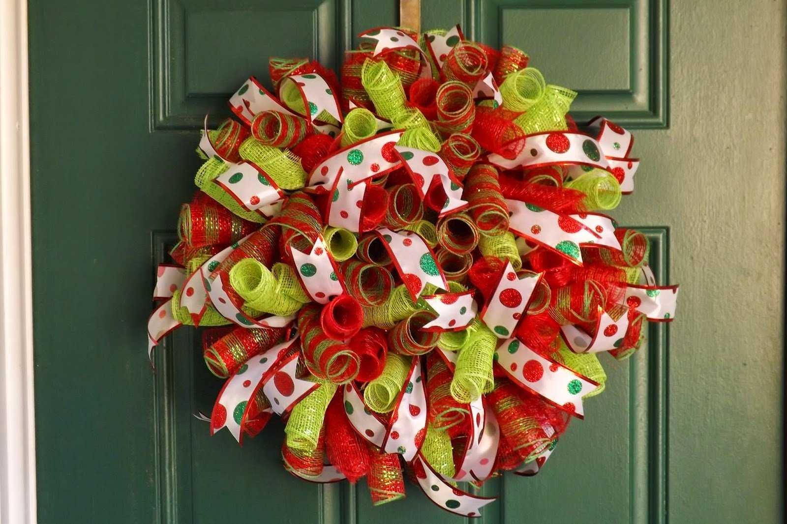 make spiral deco mesh wreath diy - tierra este | #9125