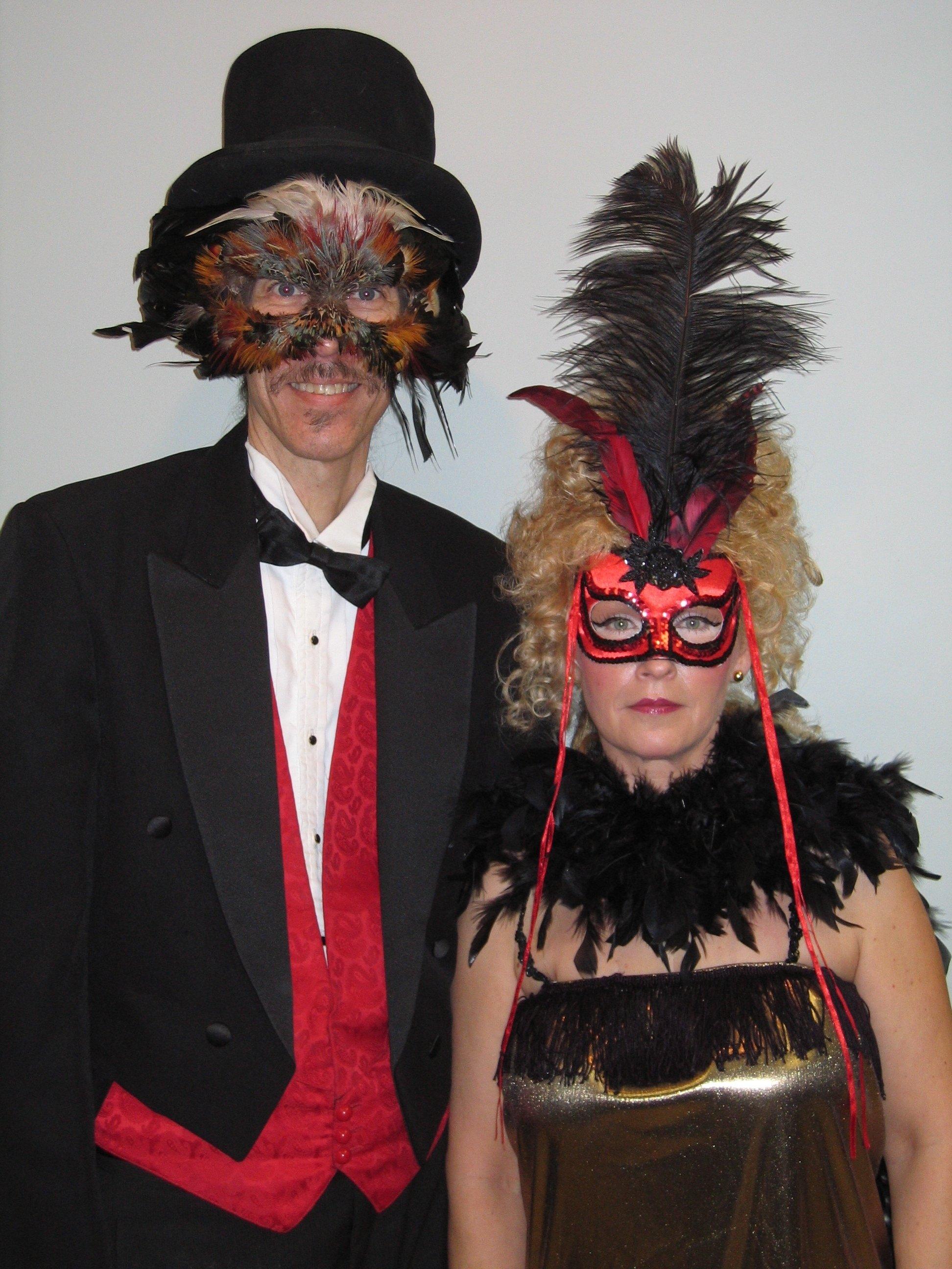10 Fabulous Mardi Gras Costume Ideas For Couples mardi gras mystery couple halloween costume couples fashion 2021