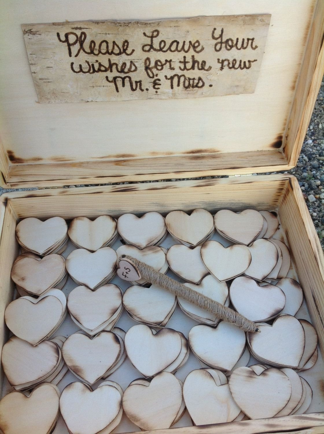 10 Cute Rustic Wedding Guest Book Ideas marvelous rustic wedding guest book alternative 2020