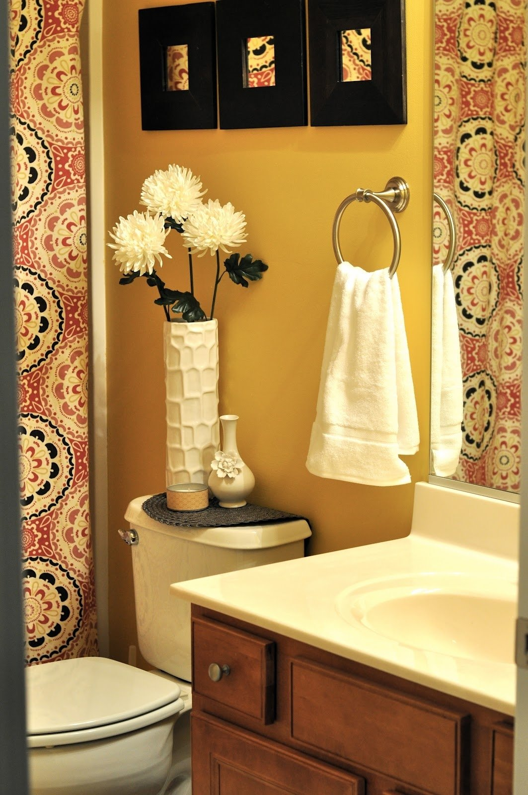 10 Famous Small Apartment Bathroom Decorating Ideas marvelous small bathroom themes about house decor inspiration with 1