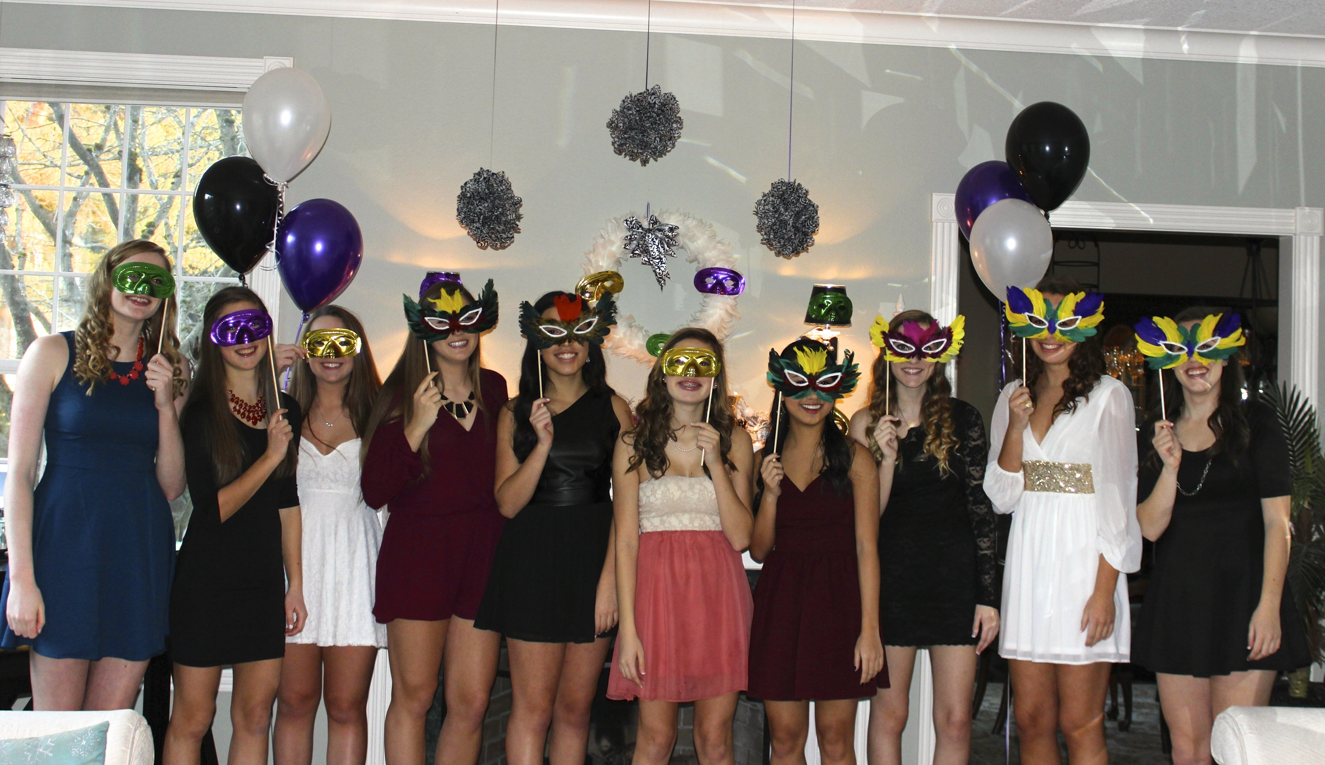 10 Stylish Masquerade Party Ideas For Adults masquerade party ideas creative party themes and ideas 2020