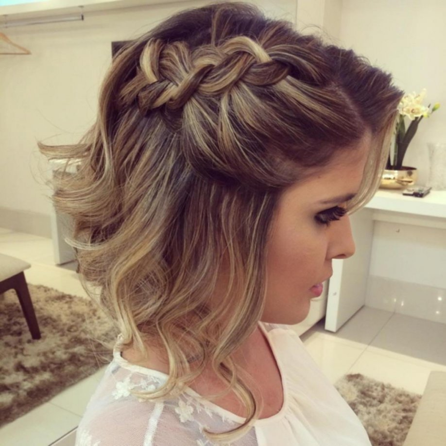 10 Beautiful Short Hair Ideas For Prom medium hair hairstyle hottest prom hairstyles for short hair 6 2020