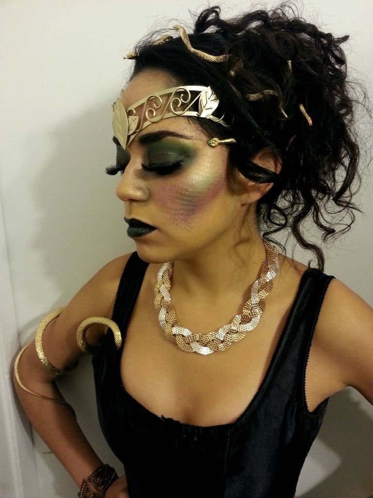 10 Wonderful Halloween Costume Ideas For Black People medusa makeup medusa makeup medusa and makeup 2020