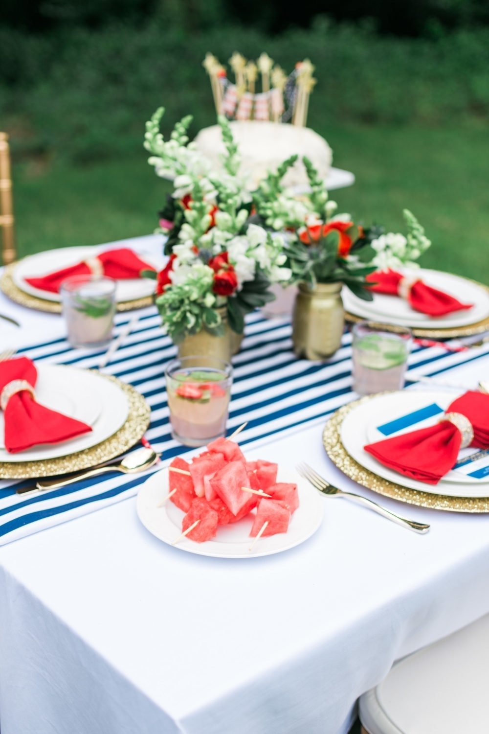 10 Beautiful Red White And Blue Party Ideas memorial day party ideas mdw table red white and blue memorial day 1 2020