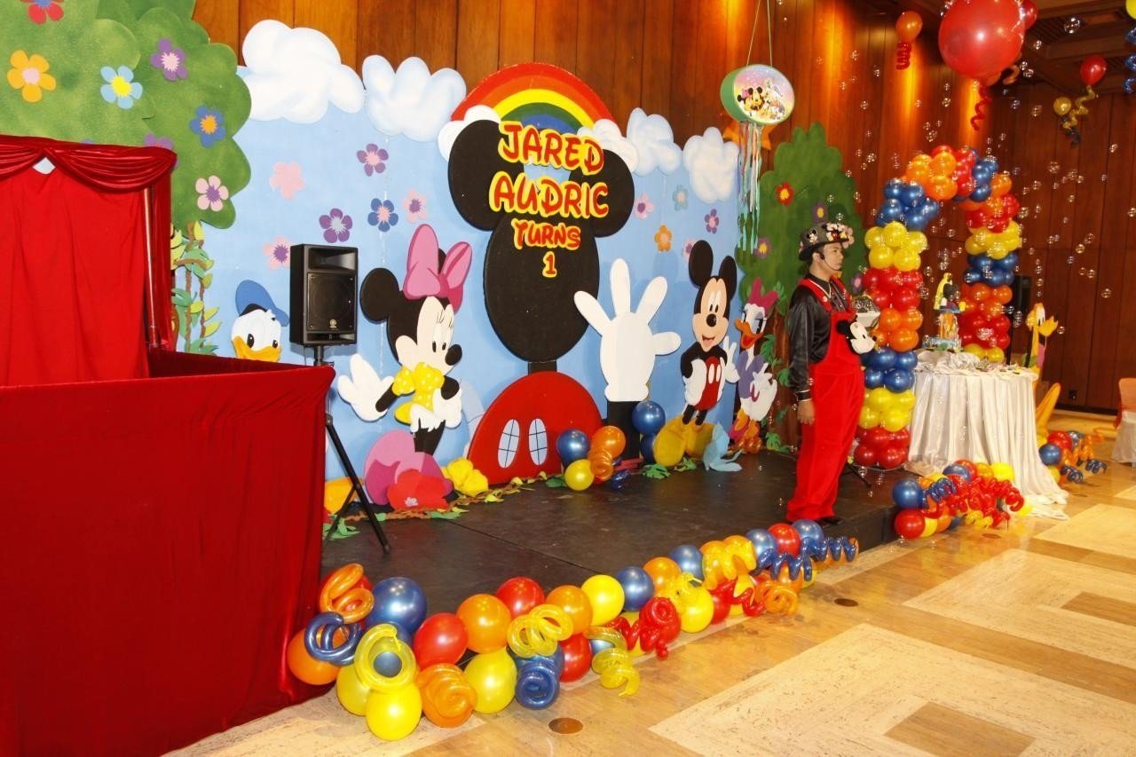 10 Attractive Mickey Mouse Clubhouse Decoration Ideas mickey mouse party decorations balloon decoration ideas 1 2020