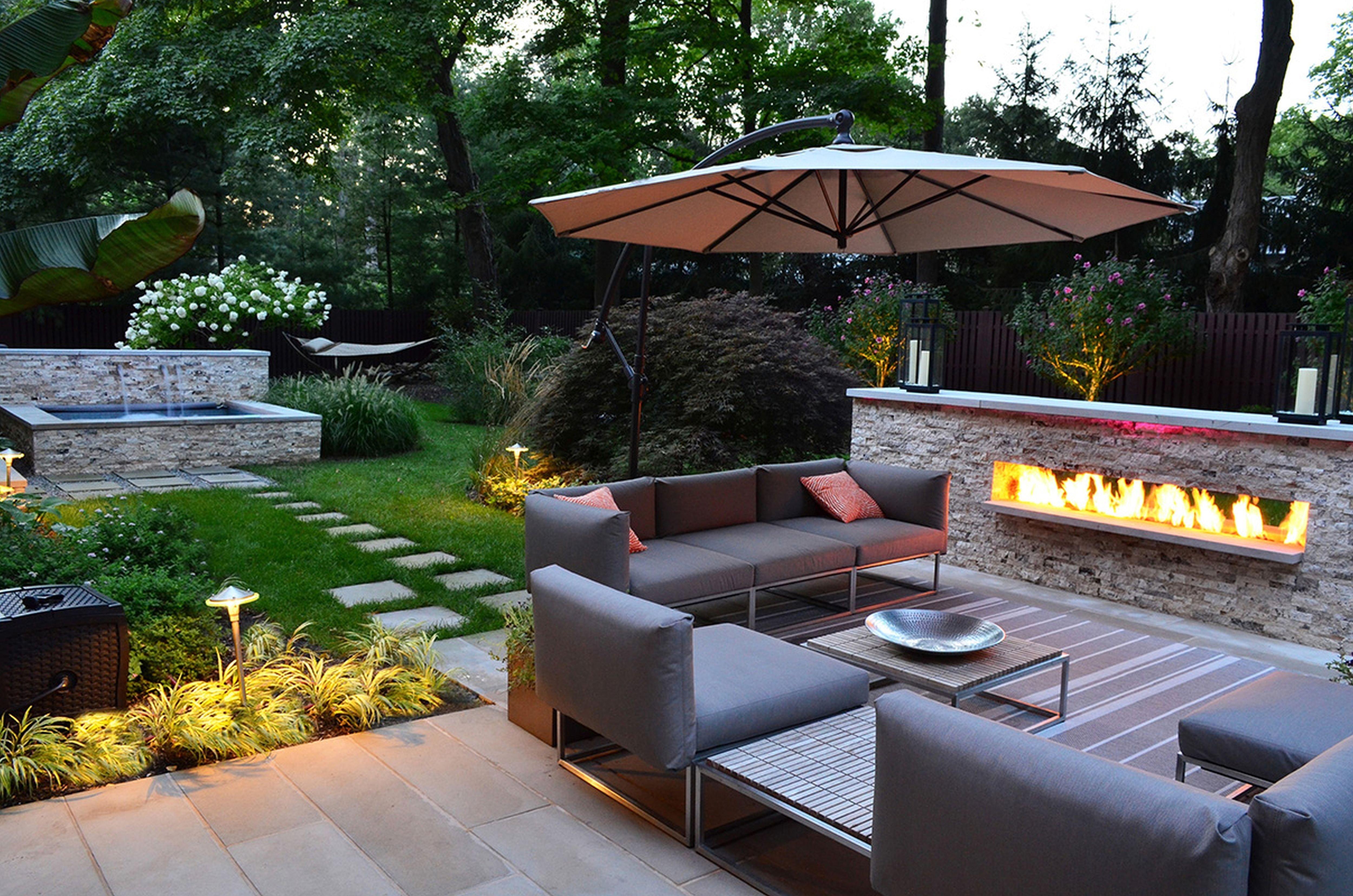 10 Nice Mid Century Modern Landscape Design Ideas mid century modern residential landscape house design ideas with 2021