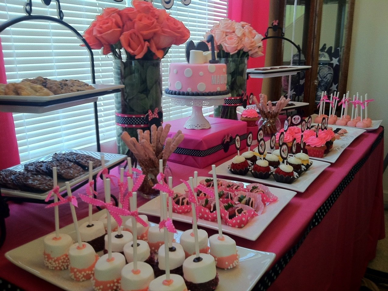 10 Fashionable Baby Minnie Mouse 1St Birthday Party Ideas minnie mouse 1st birthday theme minnie mouse theme for maddy 1st 3