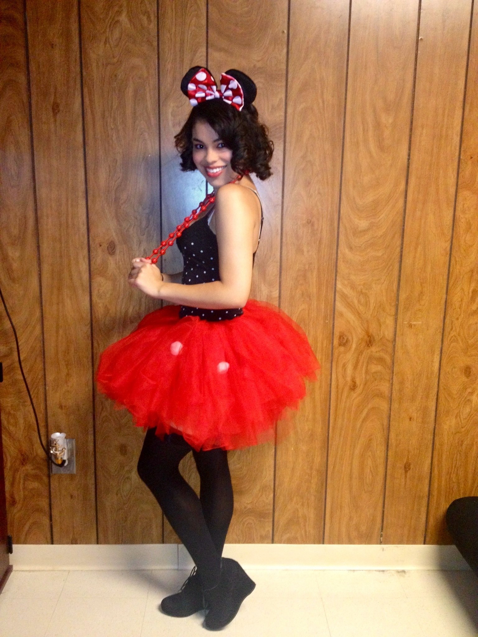 10 Great Minnie Mouse Costume Ideas For Women minnie mouse costume laurasland 2020