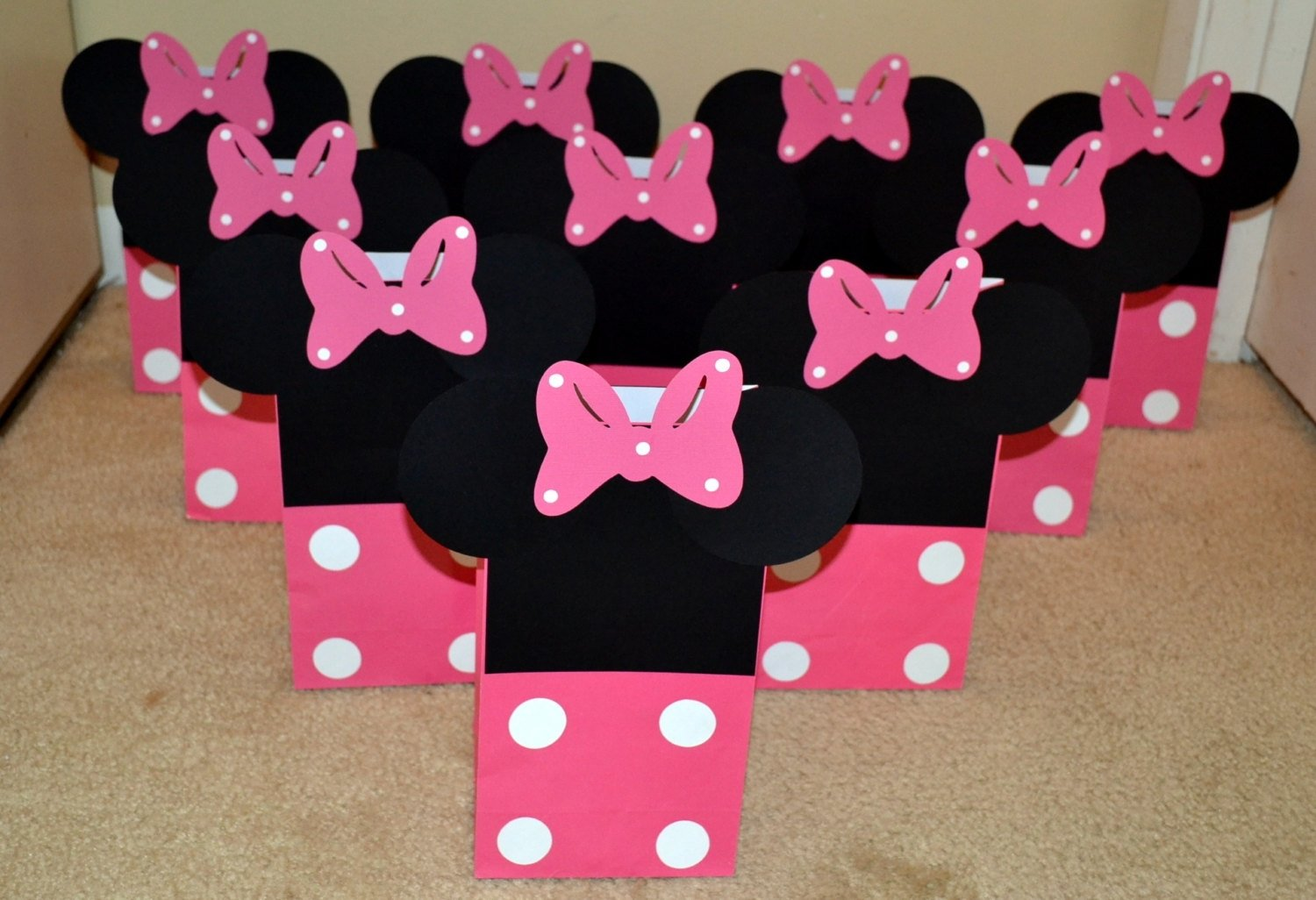 10 Beautiful Minnie Mouse Candy Bags Ideas minnie mouse goody bags minnie mouse treat bags 2