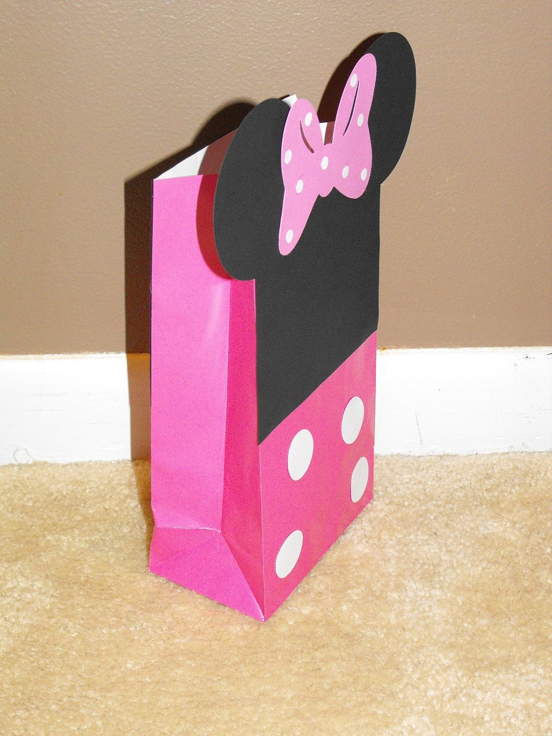 10 Beautiful Minnie Mouse Candy Bags Ideas minnie mouse goody bags minnie mouse treat bags goody bags 1
