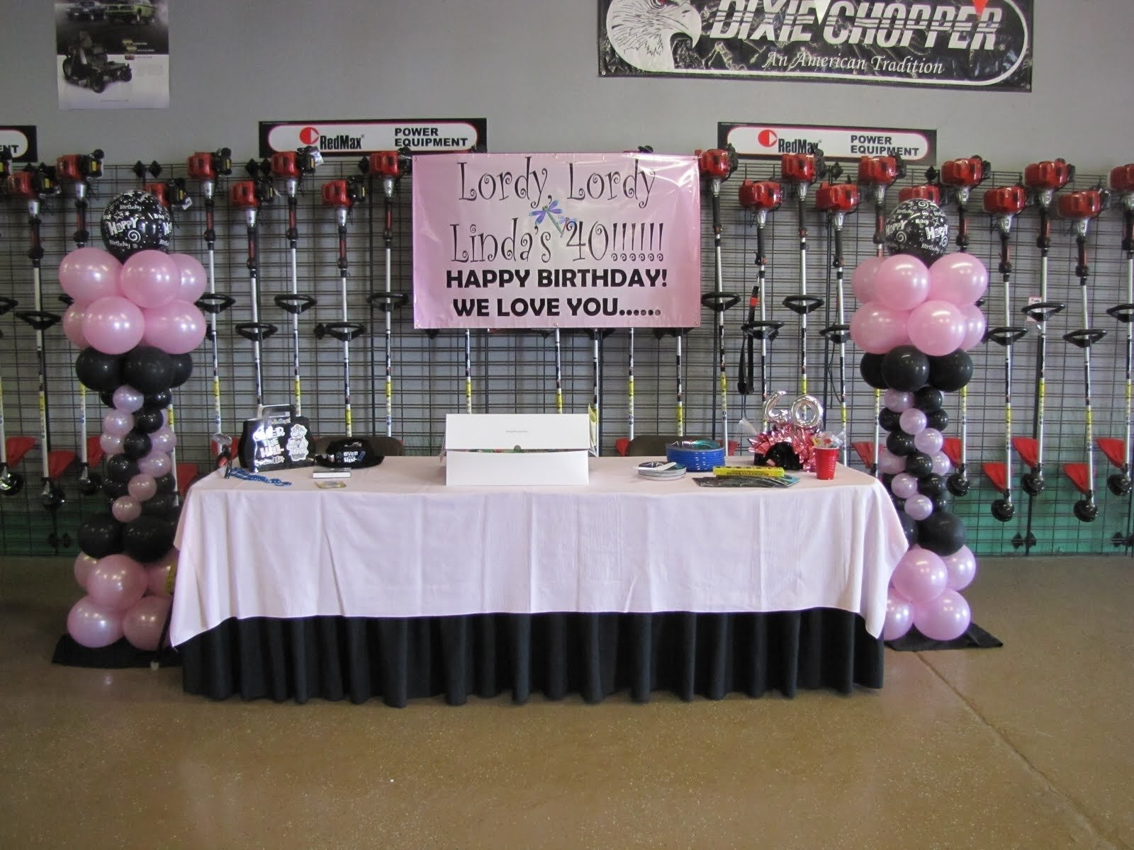 10 Awesome Ideas For 40Th Birthday Party minus the backgroundcute idea for 40th birthday birthdays and 9 2021