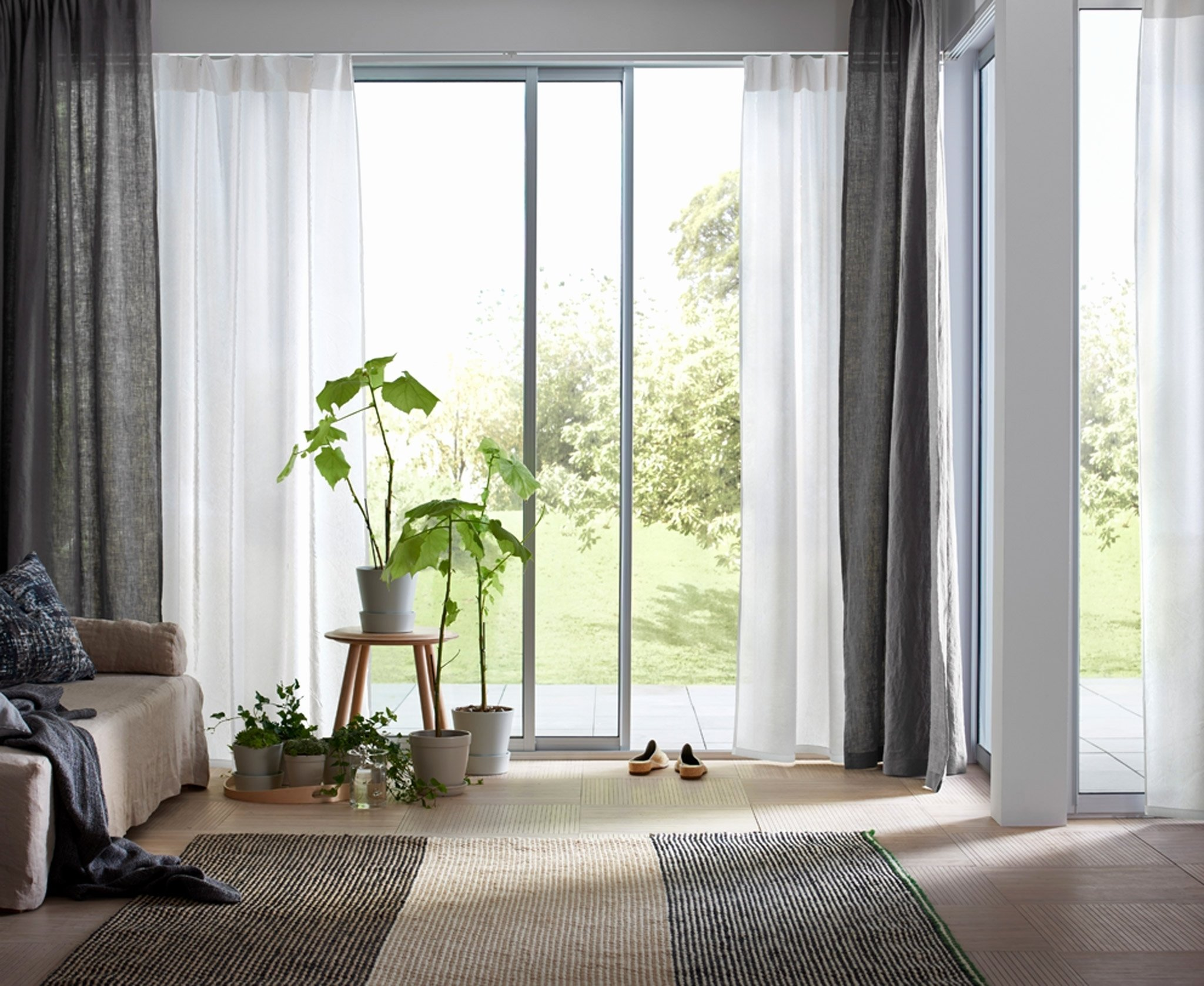 10 Stylish Curtains Ideas For Living Room Modern Curtain Designs Curtain  Design For Living Room Different