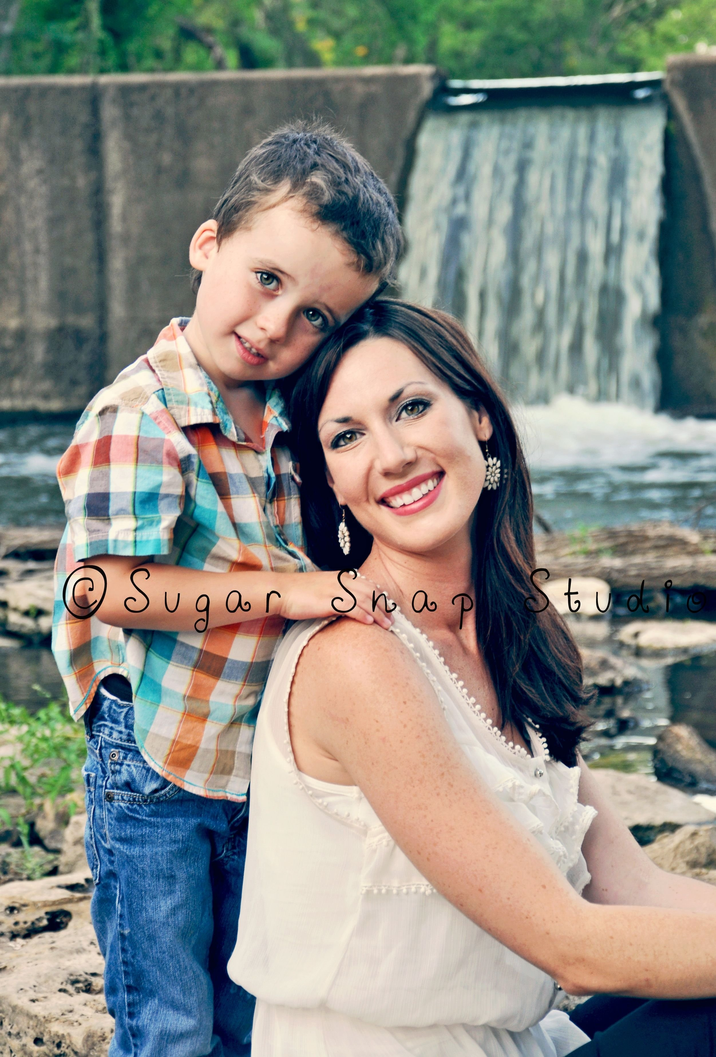 10 Wonderful Mother And Son Photo Ideas mom son photography 3 pinteres 2020