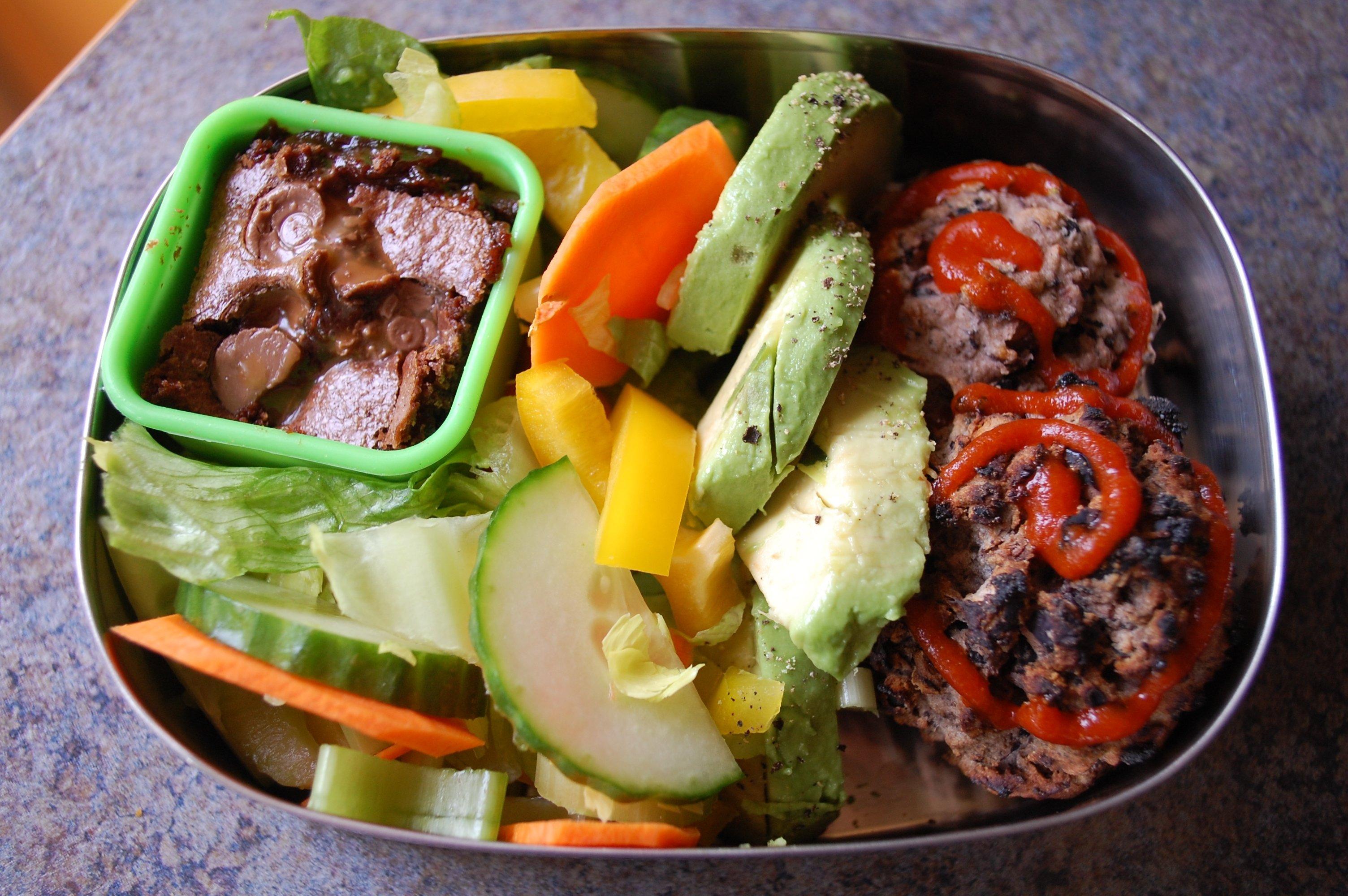 10 Elegant Healthy Bento Box Lunch Ideas more black bean burgers bento veggie bento love 2021