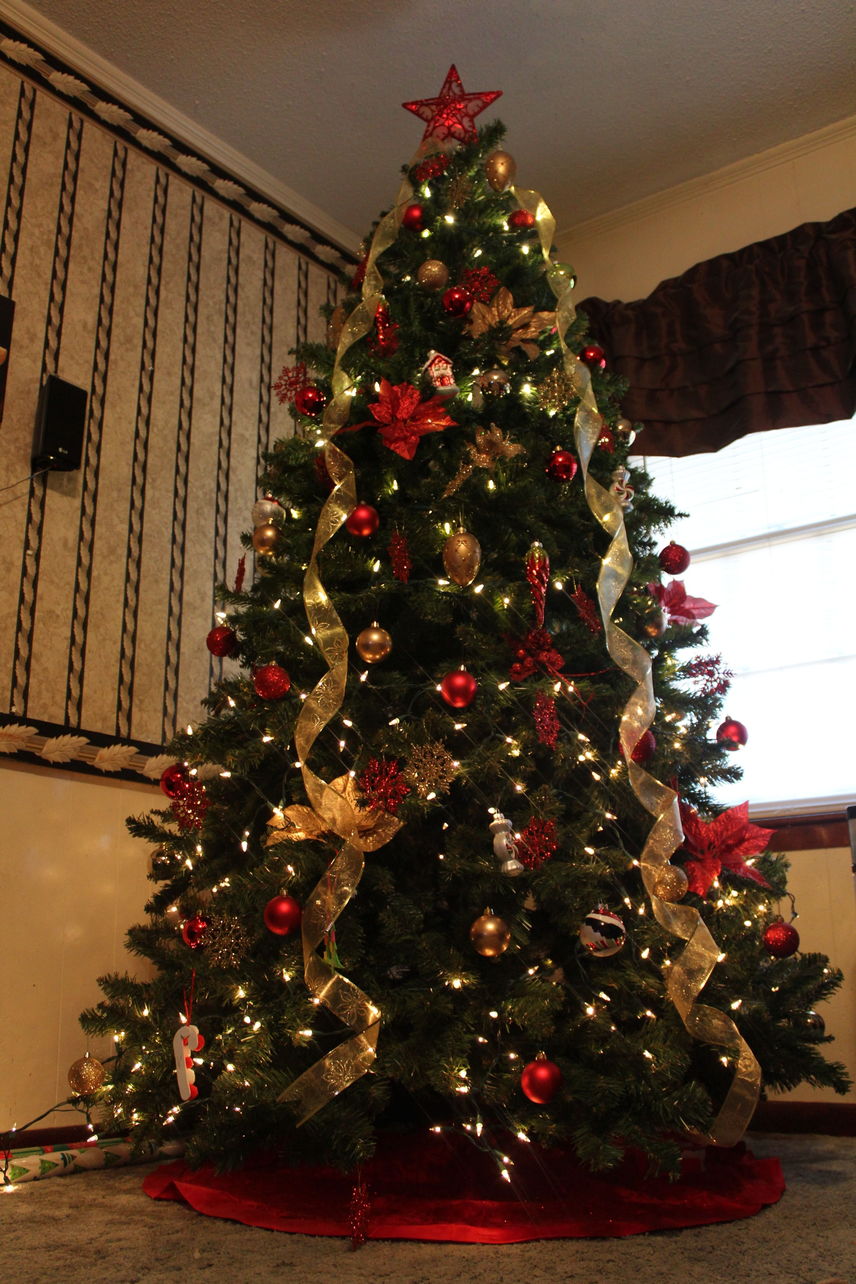 10 Attractive Decorating Christmas Tree With Ribbon Ideas most beautiful christmas tree decorations ideas gold christmas 2021
