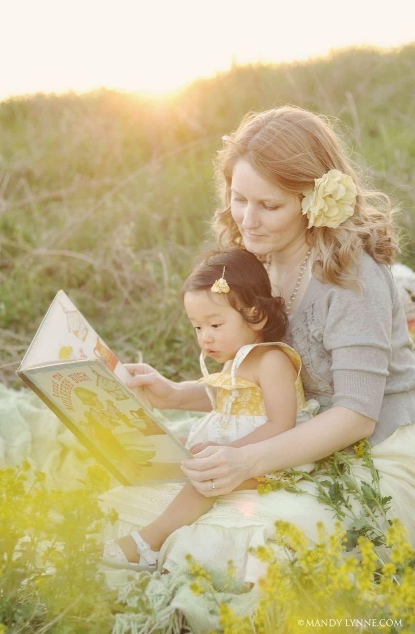 10 Spectacular Mother Daughter Photo Shoot Ideas mother daughter photo shoot ideas 6 e28b86 trendxyz 2021