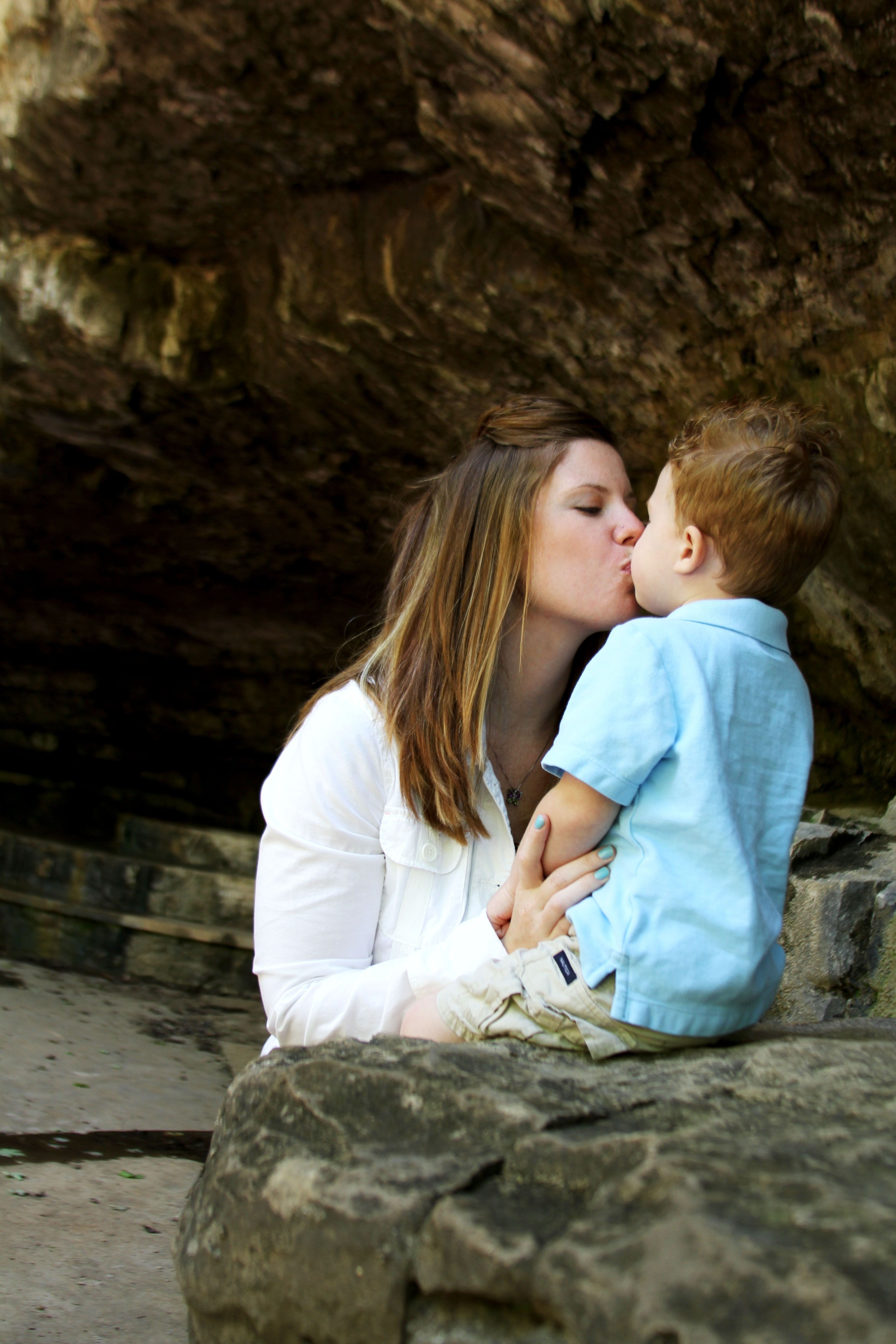 10 Gorgeous Mother And Son Photography Ideas mother son pose pic ideas pinterest mother son poses mother 1 2021