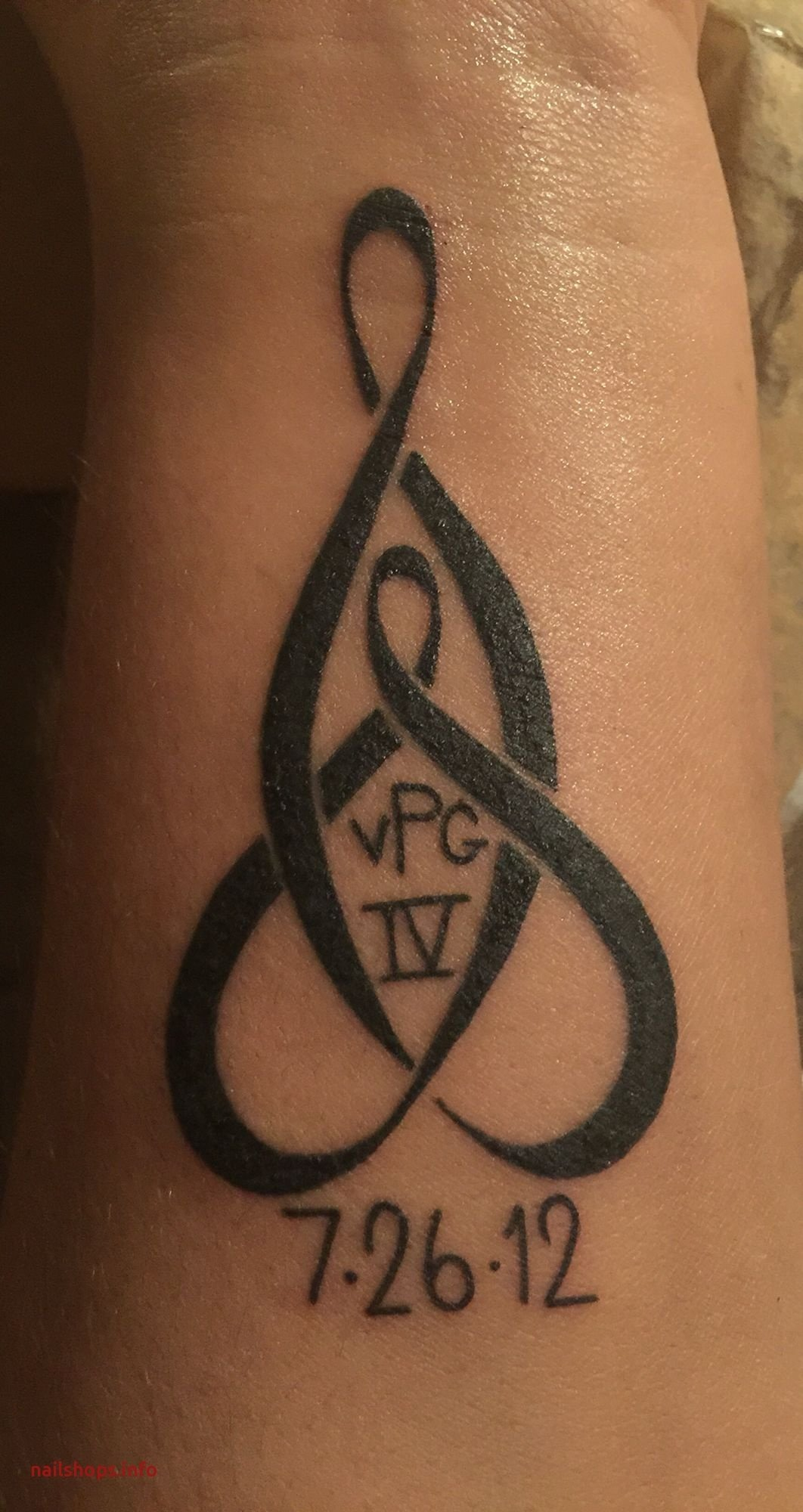 10 Fabulous Mother And Son Tattoo Ideas mother son tattoos designs best of mother son celtic knot wrist