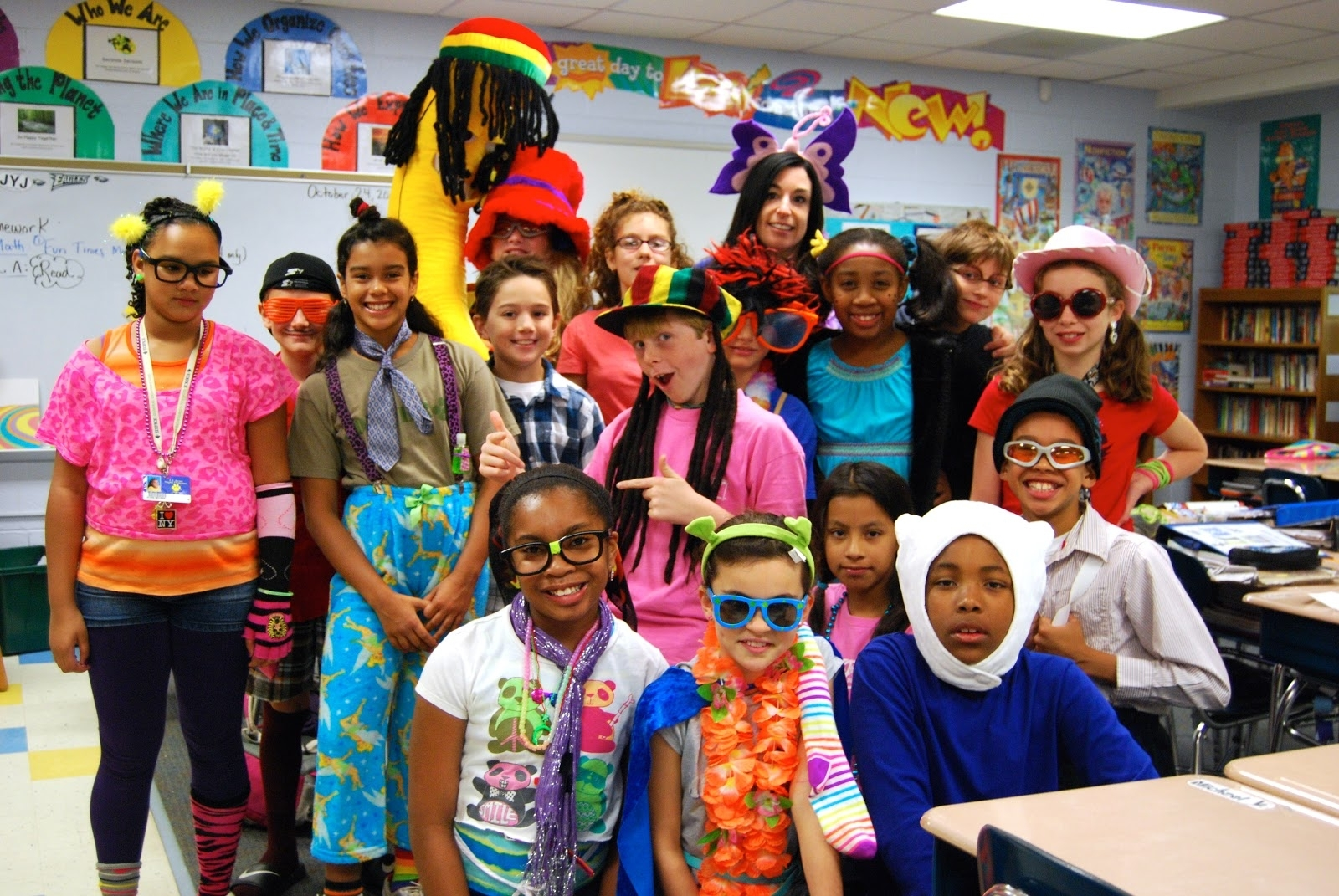 10 Attractive Ideas For Wacky Tacky Day %name 2020
