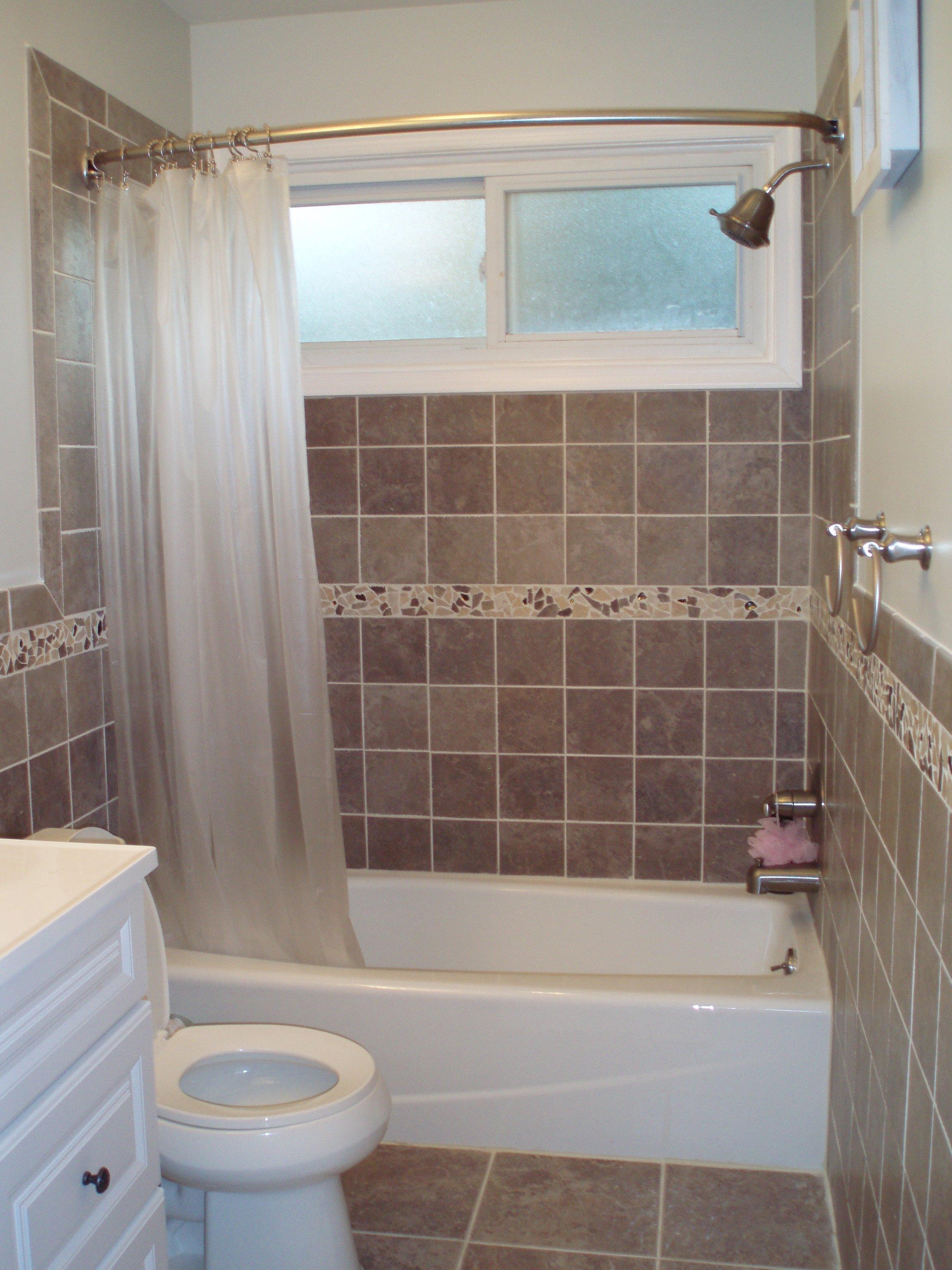 10 Amazing Bathtub Ideas For A Small Bathroom new bathroom tiles for small bathrooms ideas models tikspor 2020