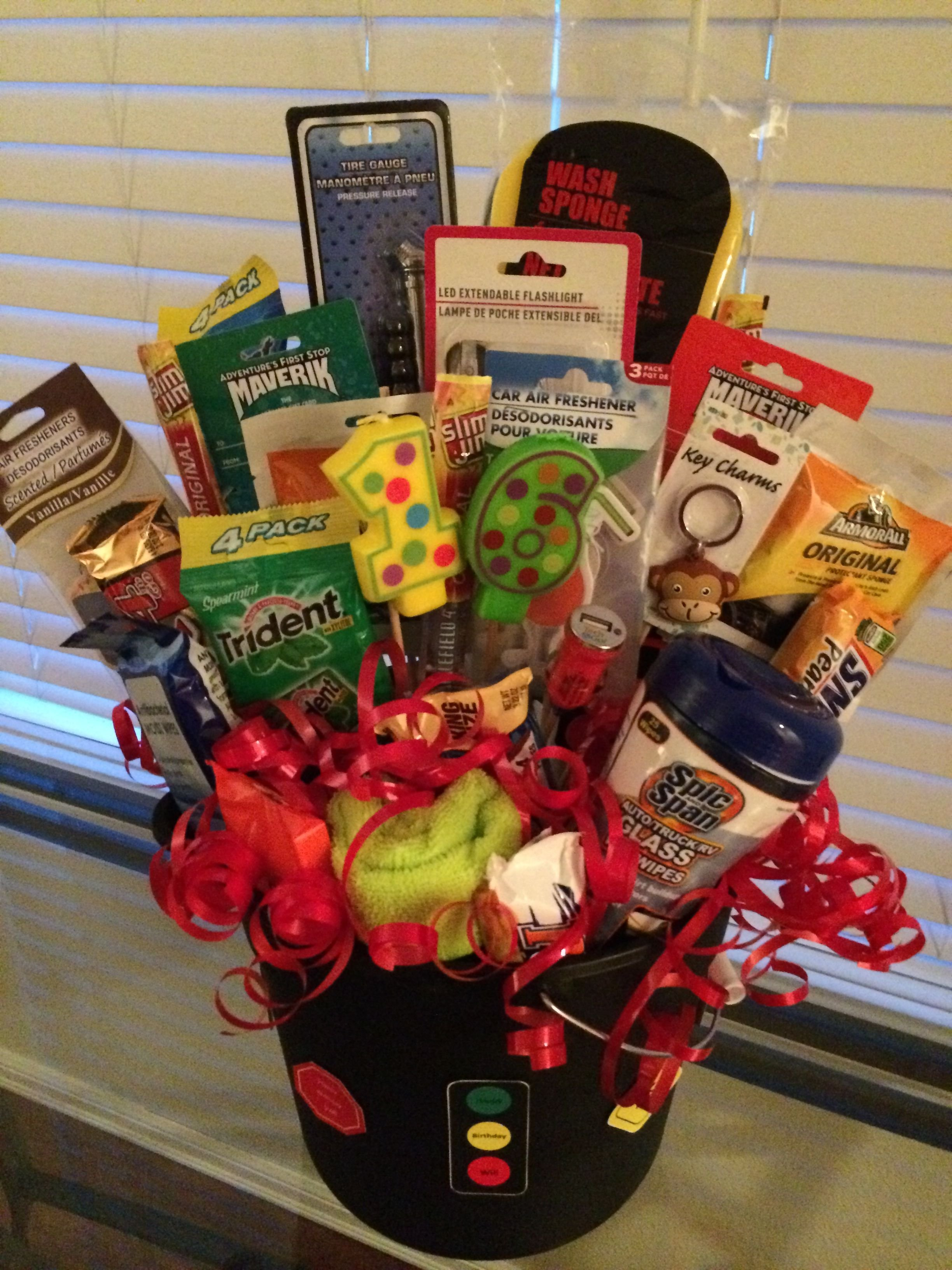 10 Pretty Sweet 16 Birthday Gift Ideas New Driver Bouquet Diy And Crafts