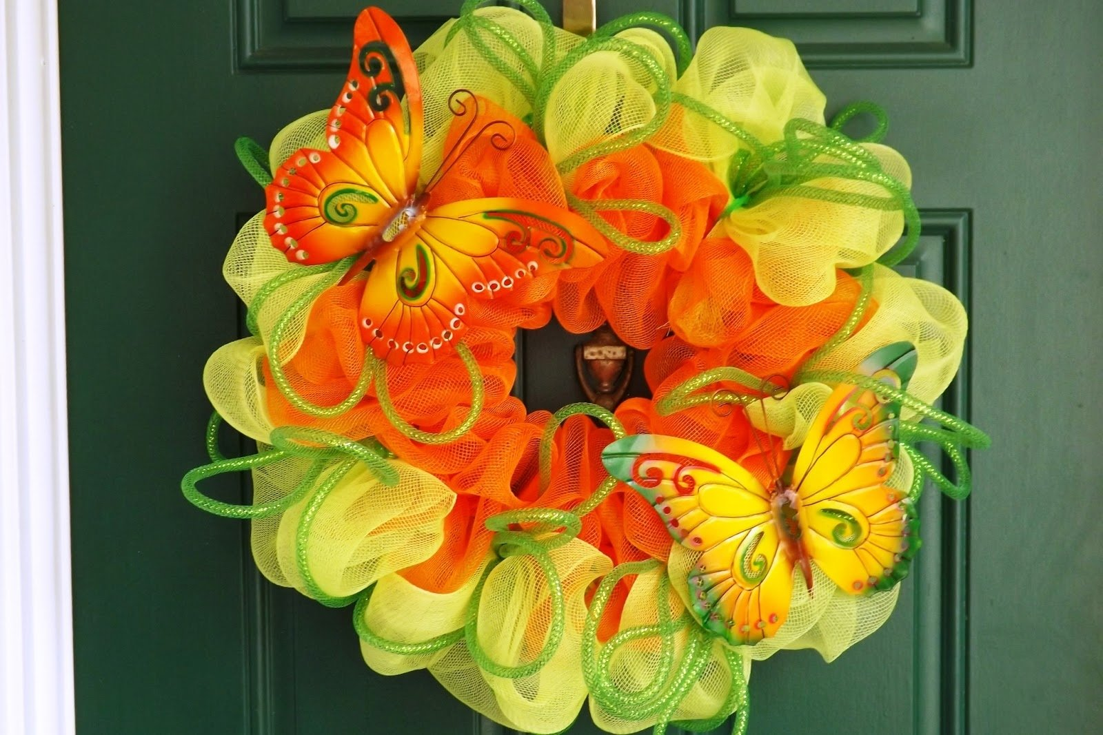 10 Fabulous Spring Deco Mesh Wreath Ideas new orleans craftsdesign spring summer wreaths 2020