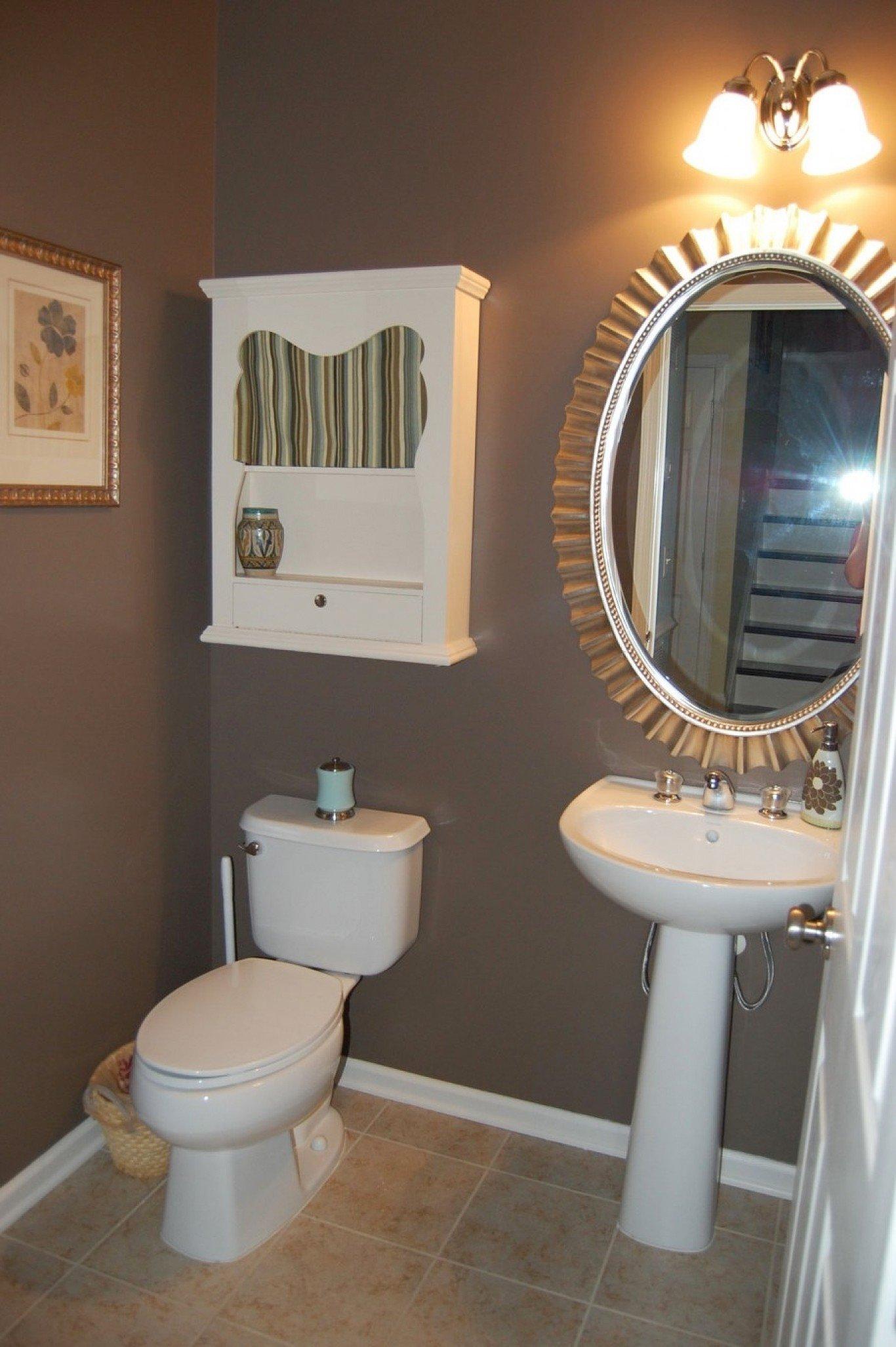 10 Fantastic Small Bathroom Paint Color Ideas 2021