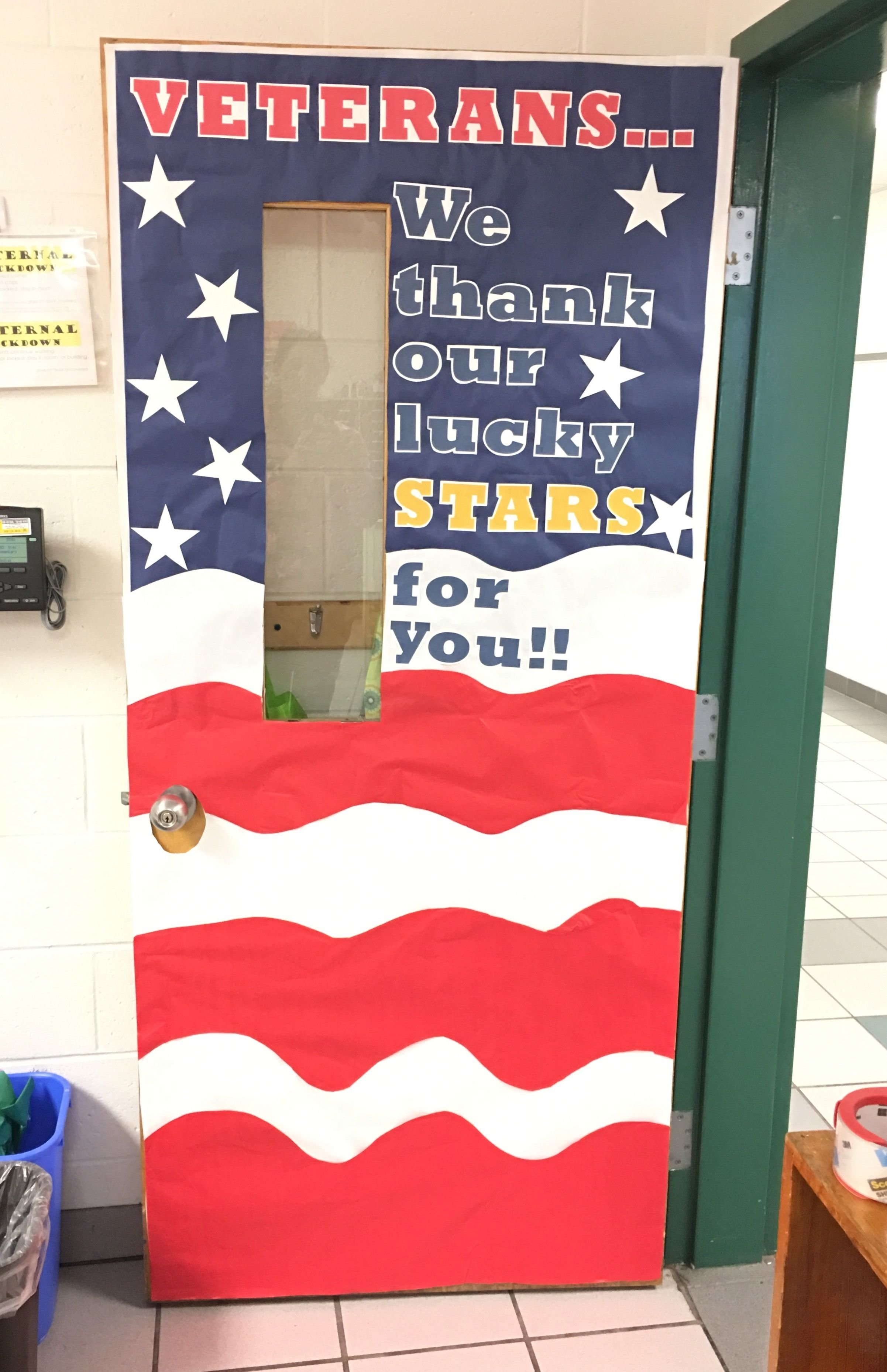 10 Lovely Veterans Day Bulletin Board Ideas november classroom door to honor veterans day elementary room mom 2020