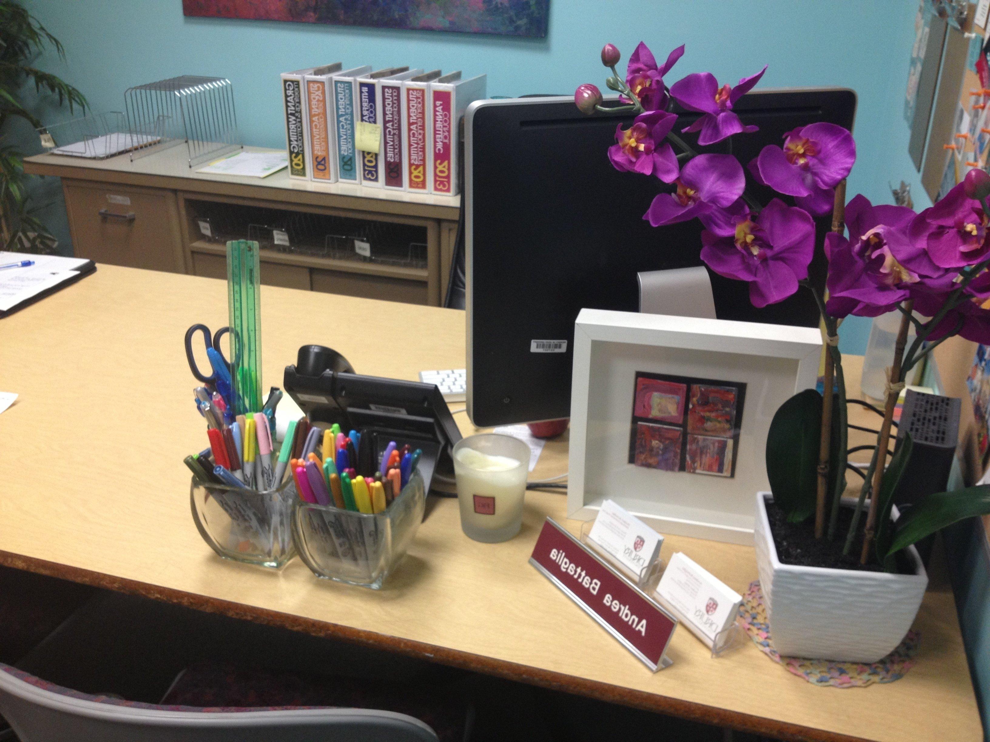 10 Unique Desk Decorating Ideas For Work office desk decorations best 25 work decor ideas on pinterest 2020