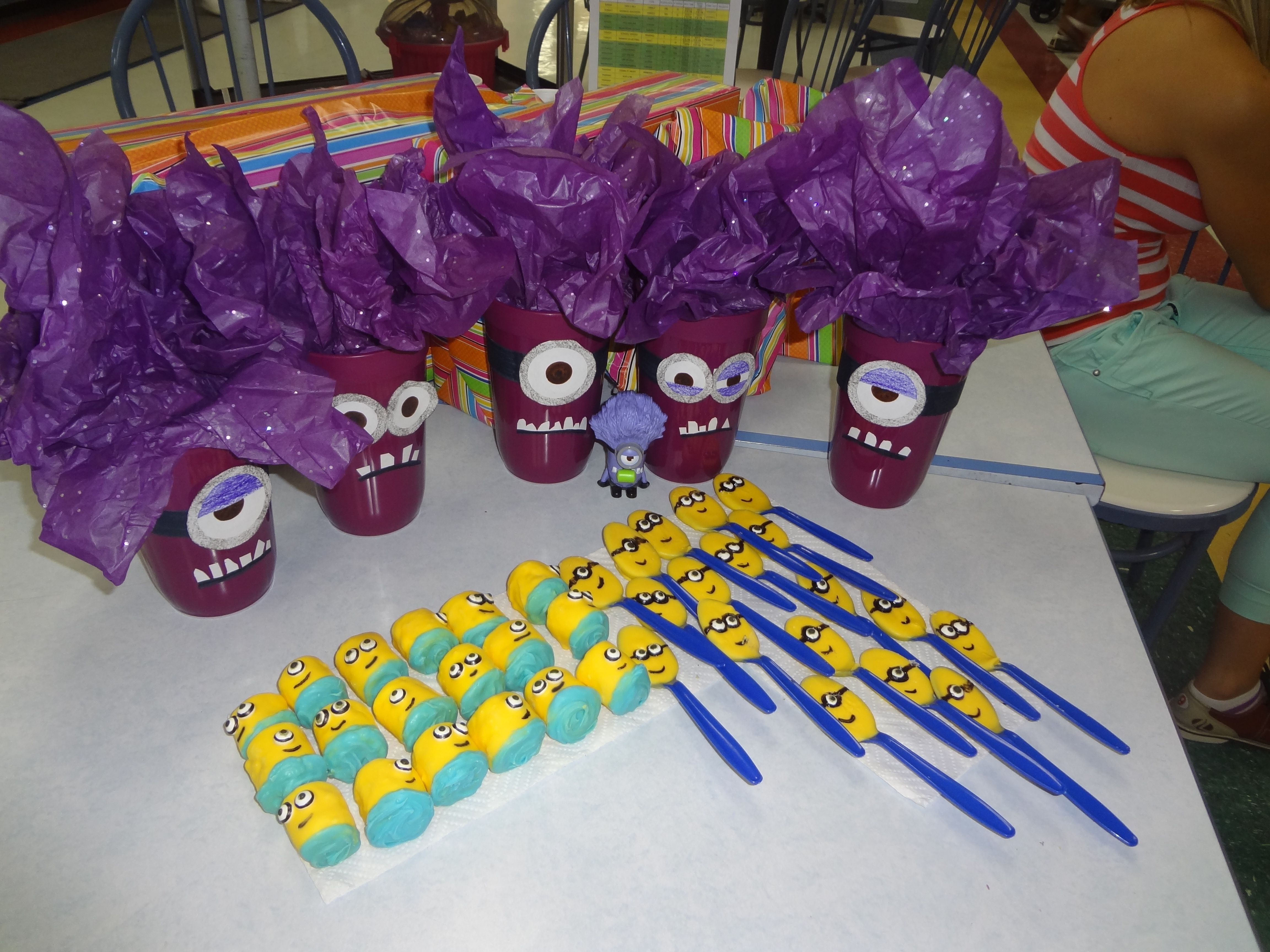 10 Nice Despicable Me 2 Birthday Party Ideas our goody table despicable me 2 birthday party evil minions and 2020