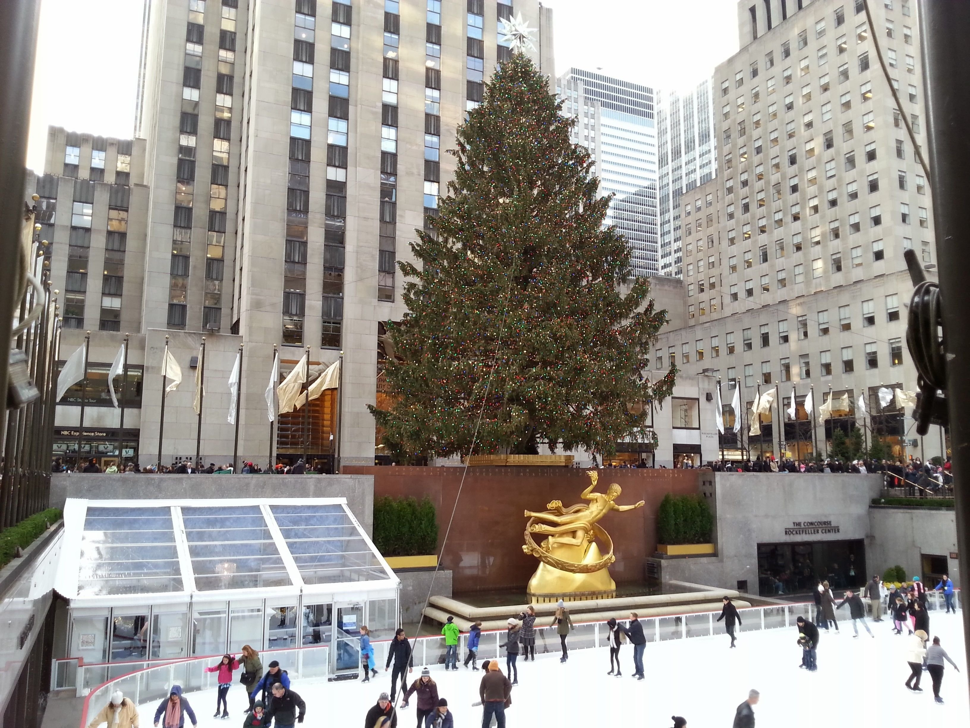 10 Awesome New York City Gift Ideas our guide to christmas in new york city city fun things and buckets 2021