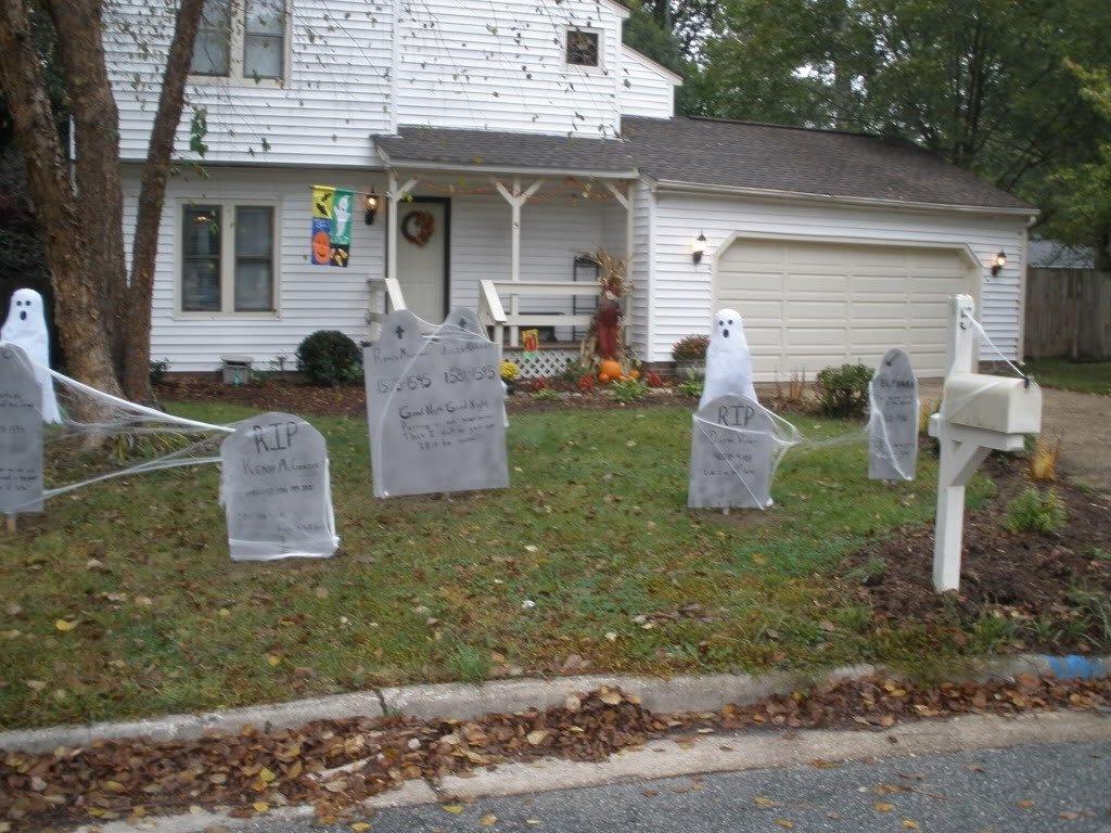 10 Nice Halloween Decoration Ideas For Yard outdoor halloween decorations ideas to stand out 2020