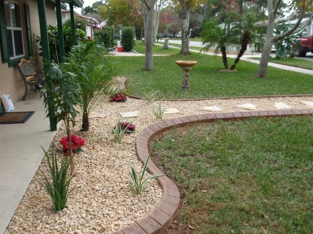 10 Perfect Rock Landscaping Ideas For Front Yard %name 2020