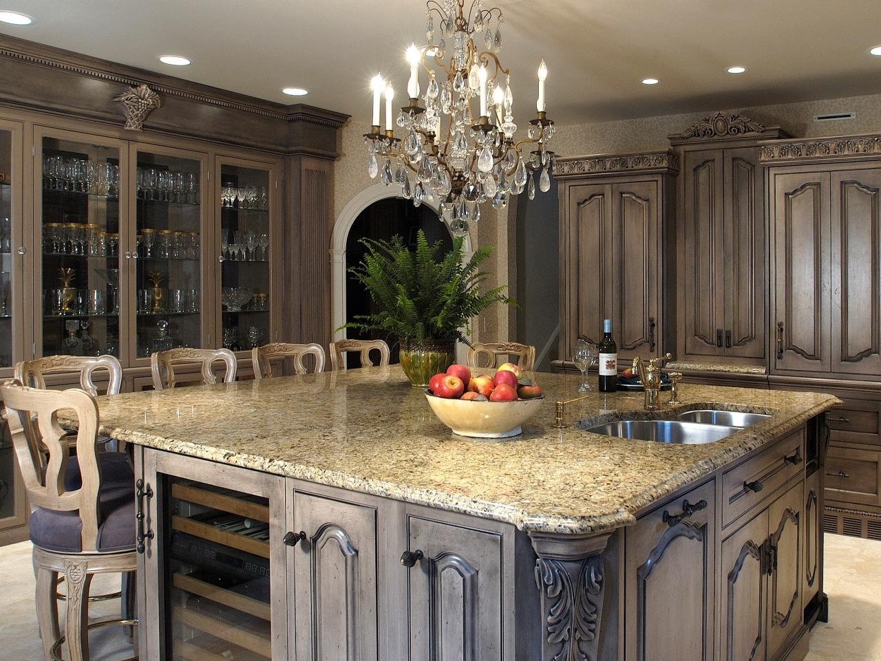 10 Fantastic Ideas For Painting Kitchen Cabinets 2021