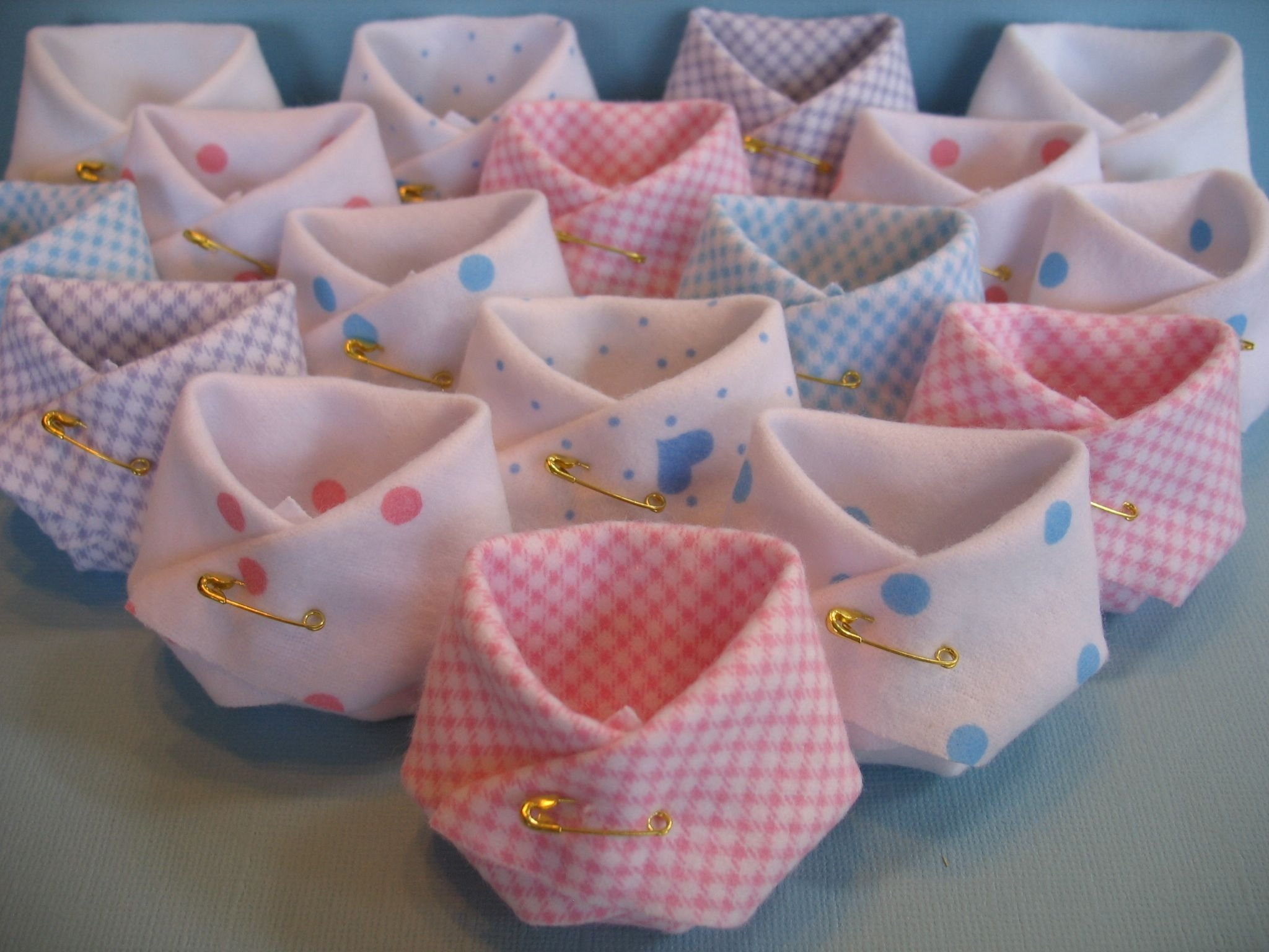 10 Gorgeous Baby Shower Favor Ideas For Girls party favors baby shower diapers fill em up about to pop 2020