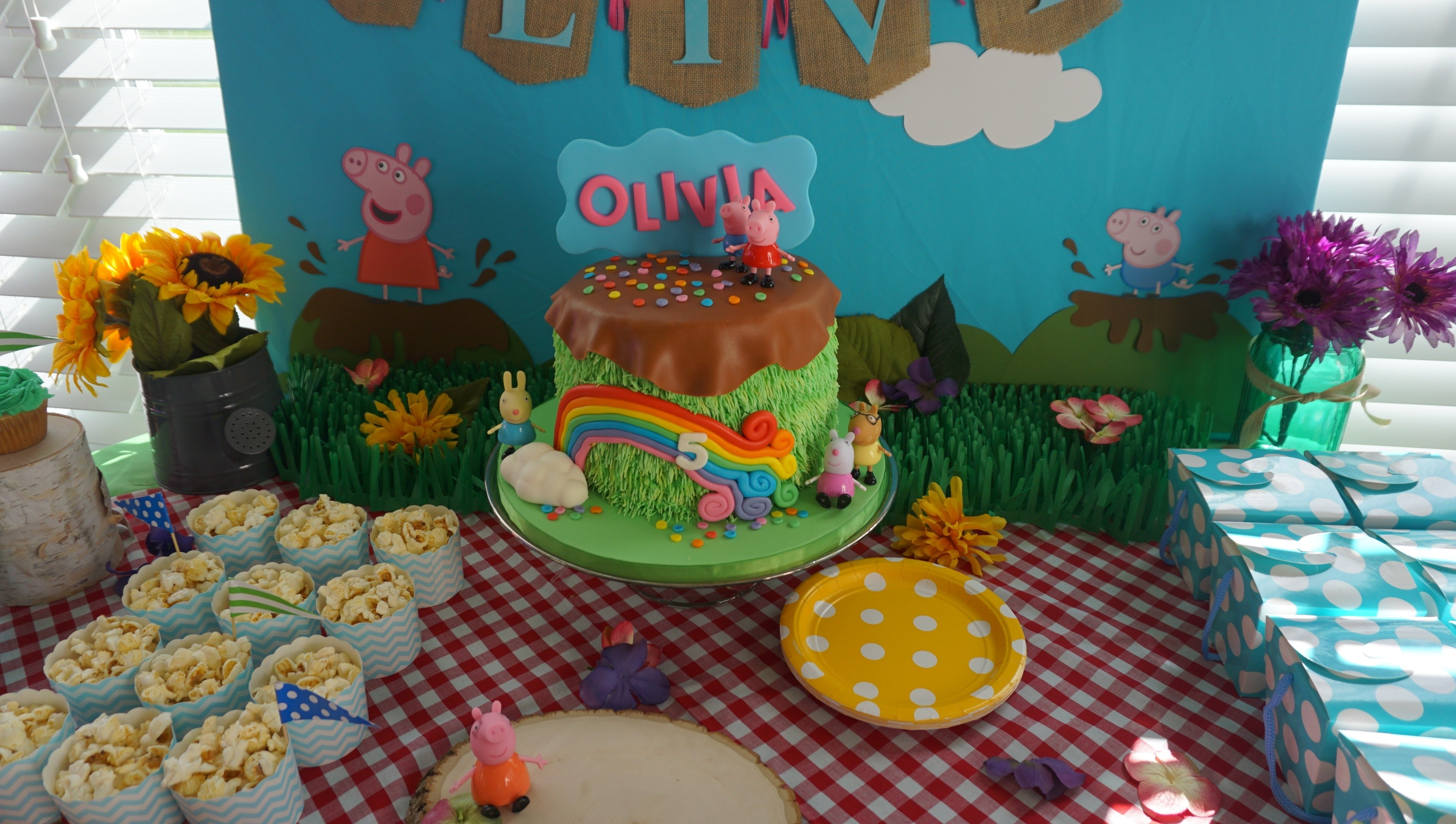 10 Unique Peppa Pig Birthday Party Ideas peppa pig party 16 bit crafting 2021