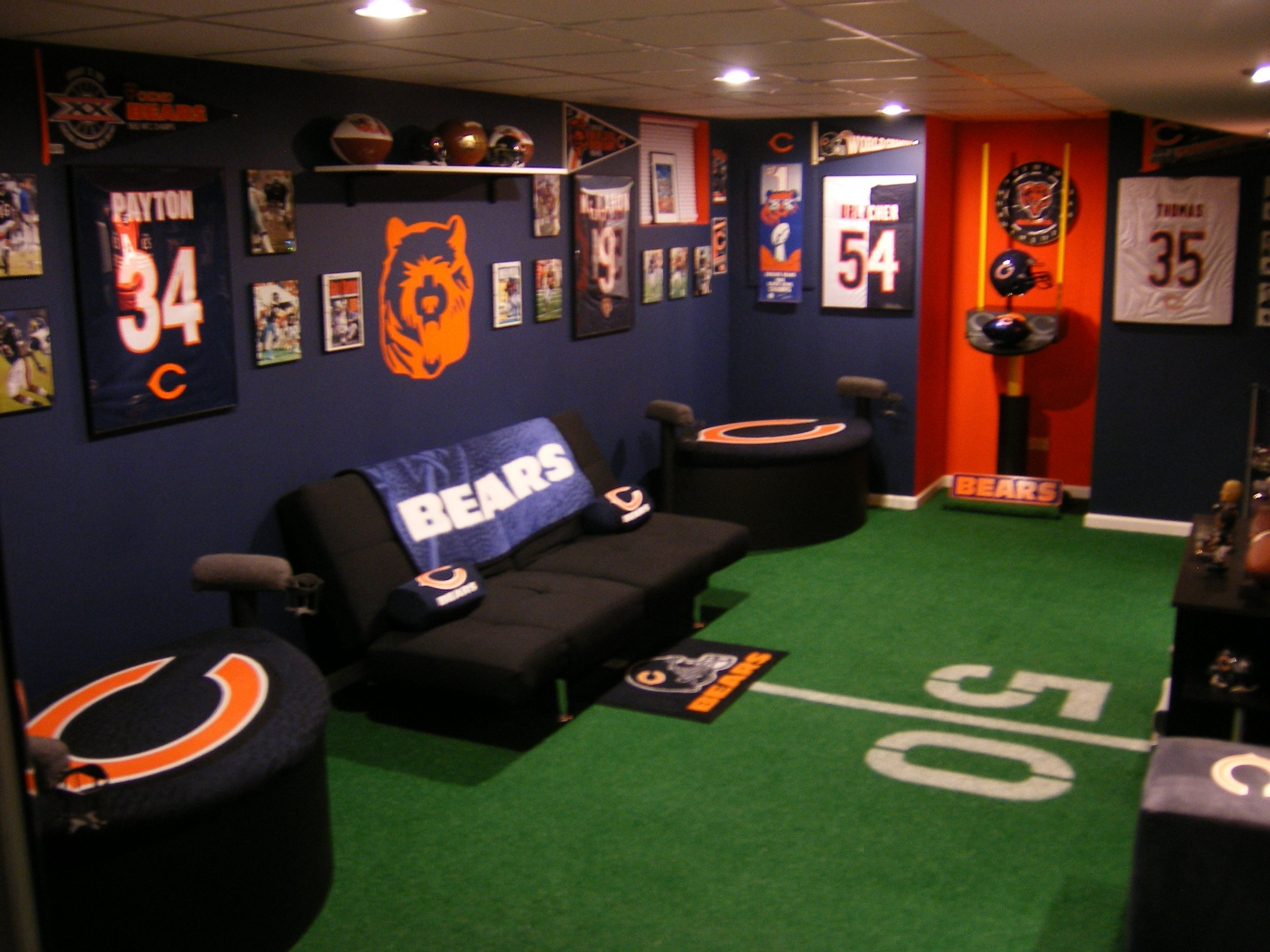 10 Perfect Man Cave Ideas For A Small Room perfect small man cave ideas bedroom 100 unbelievable photos design 2021