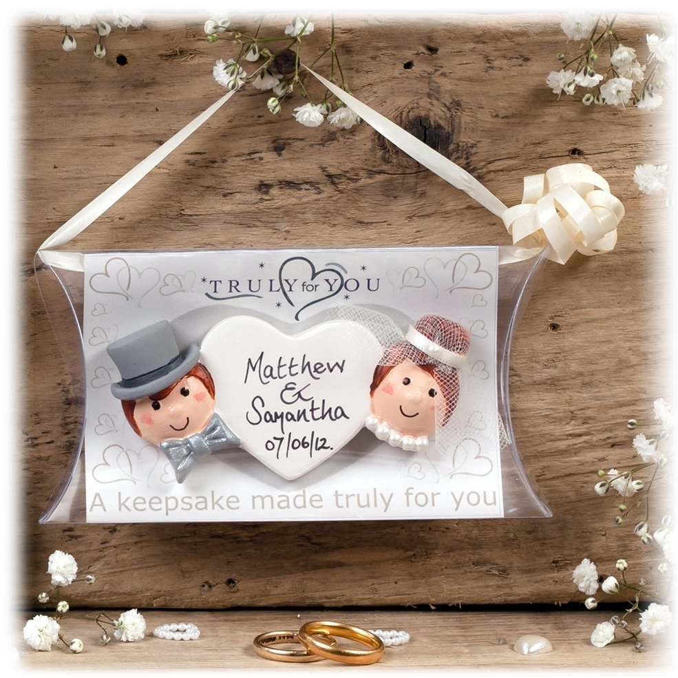 10 Most Recommended Gift Ideas For Bride To Be personalized wedding gift ideas to be given all guests 50th 2021