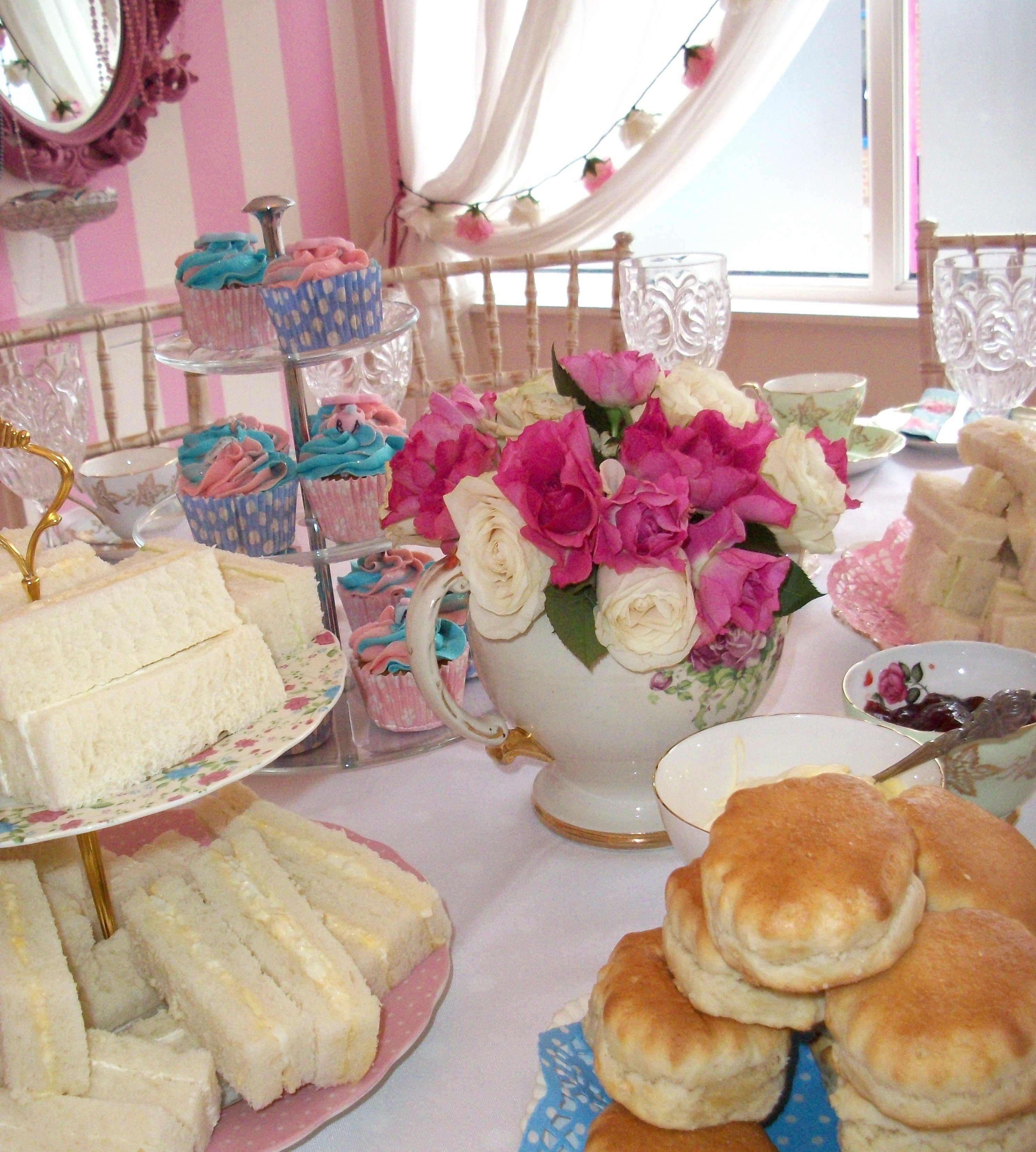 10 Wonderful Baby Shower Tea Party Ideas photo animal tea party baby shower image 1 2020