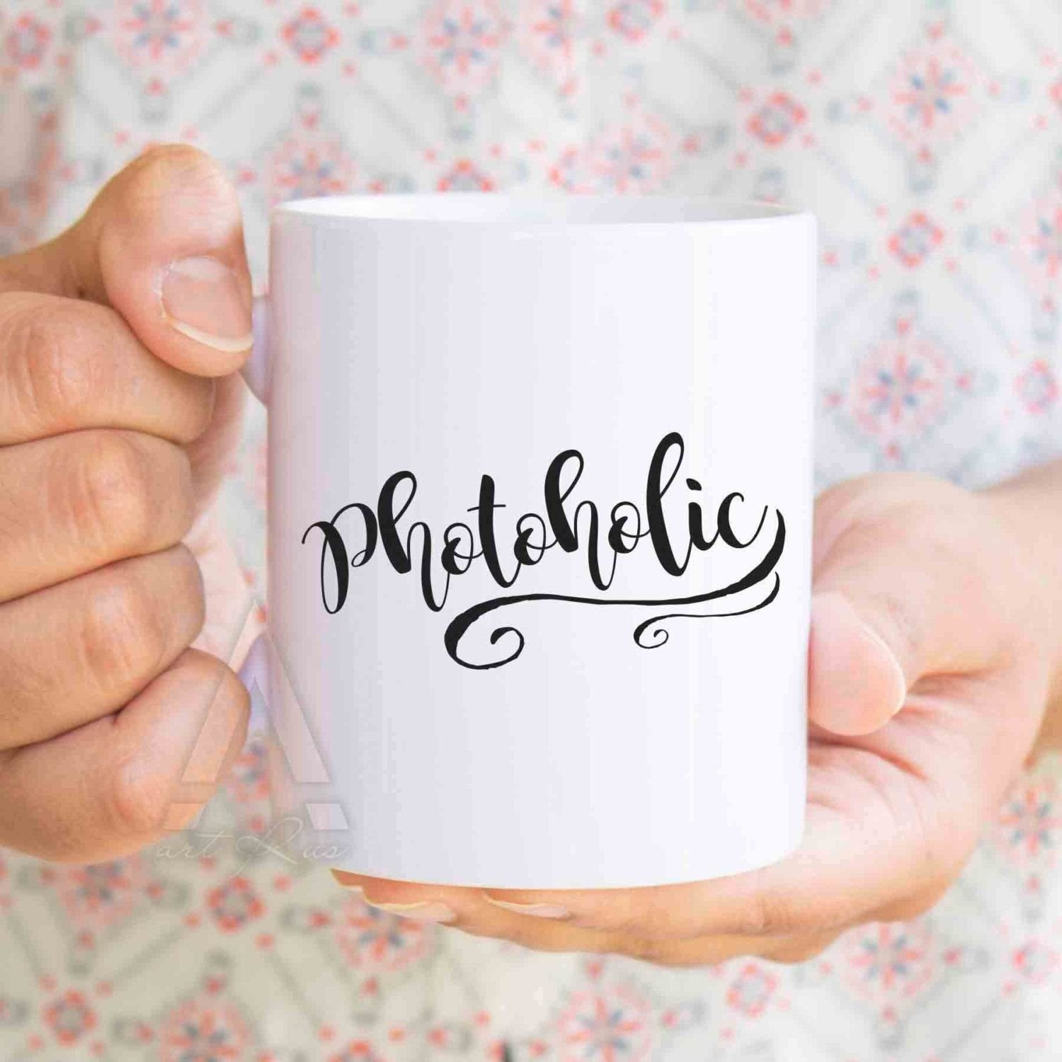 10 Fashionable Gift Ideas For Photography Lovers photoholic funny photography mug gifts for photographers 2020